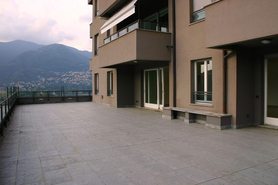 Appartamento in Vendita a Como: 5 locali, 200 mq