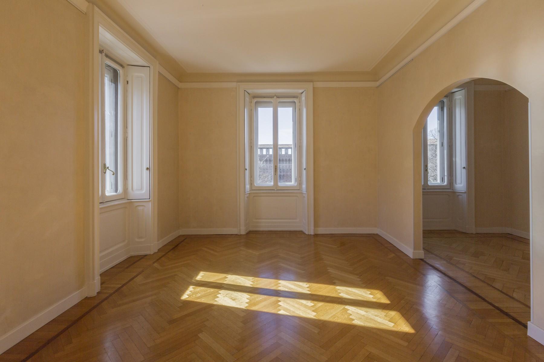Appartamento in Affitto a Milano piazza castello