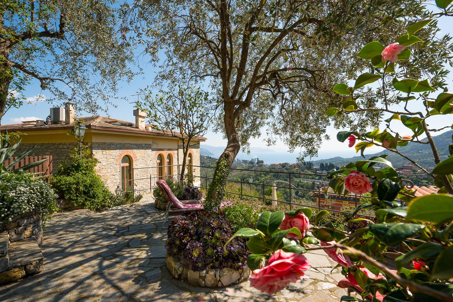 Casa indipendente in Vendita a Santa Margherita Ligure: 5 locali, 260 mq - Foto 2