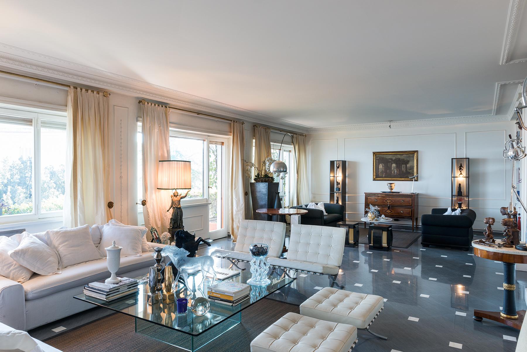 Appartamento in Vendita a Napoli: 5 locali, 250 mq - Foto 5