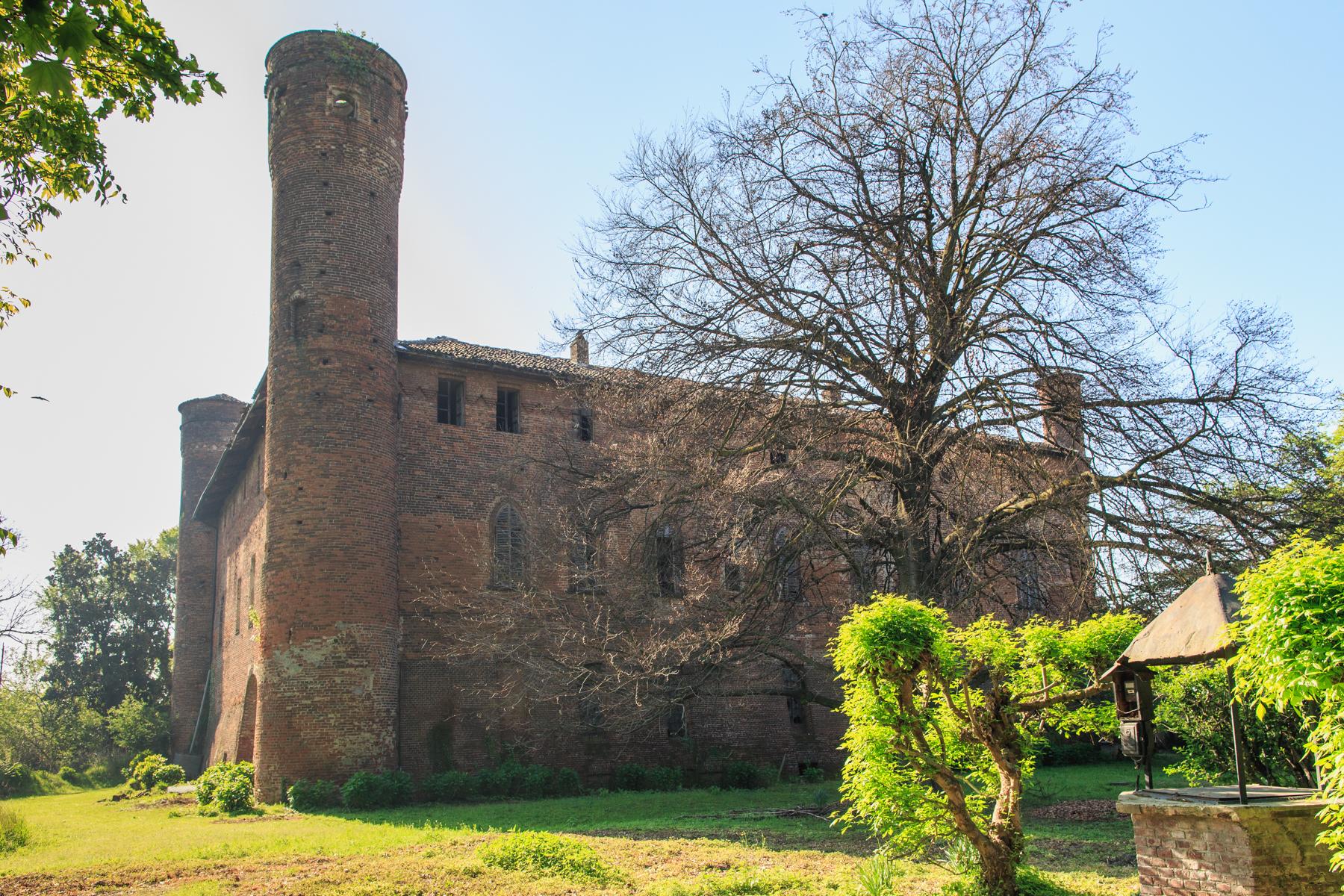 Palazzo in Vendita a Torino: 5 locali, 2288 mq - Foto 2