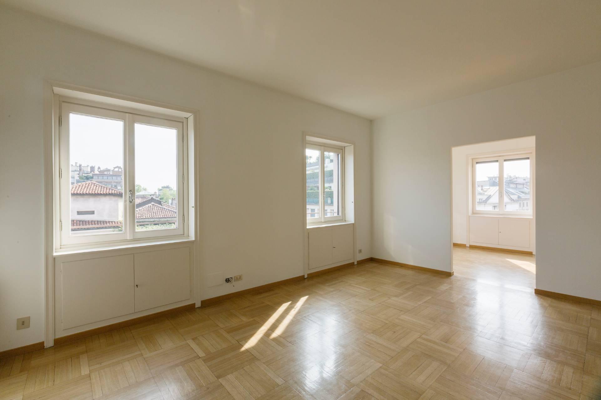 Appartamento di lusso in affitto a milano corso venezia for Appartamento design affitto milano