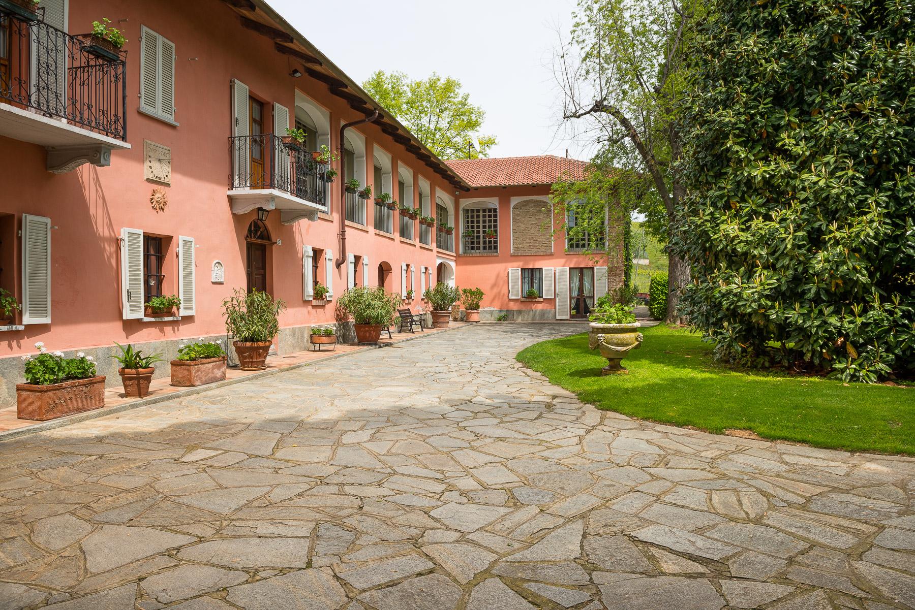Rustico in Vendita a Castelnuovo Don Bosco: 5 locali, 720 mq - Foto 1