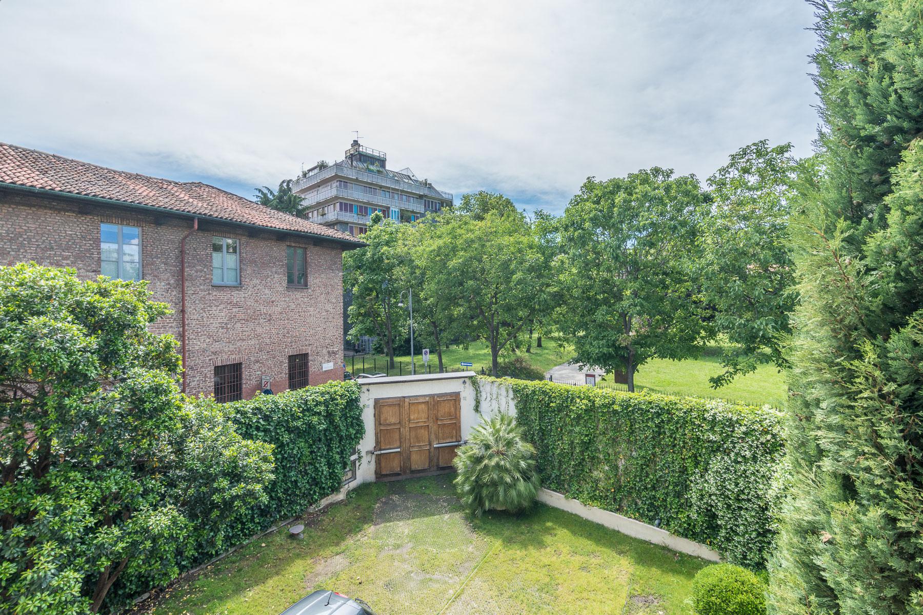 Villa in Vendita a Milano via arena
