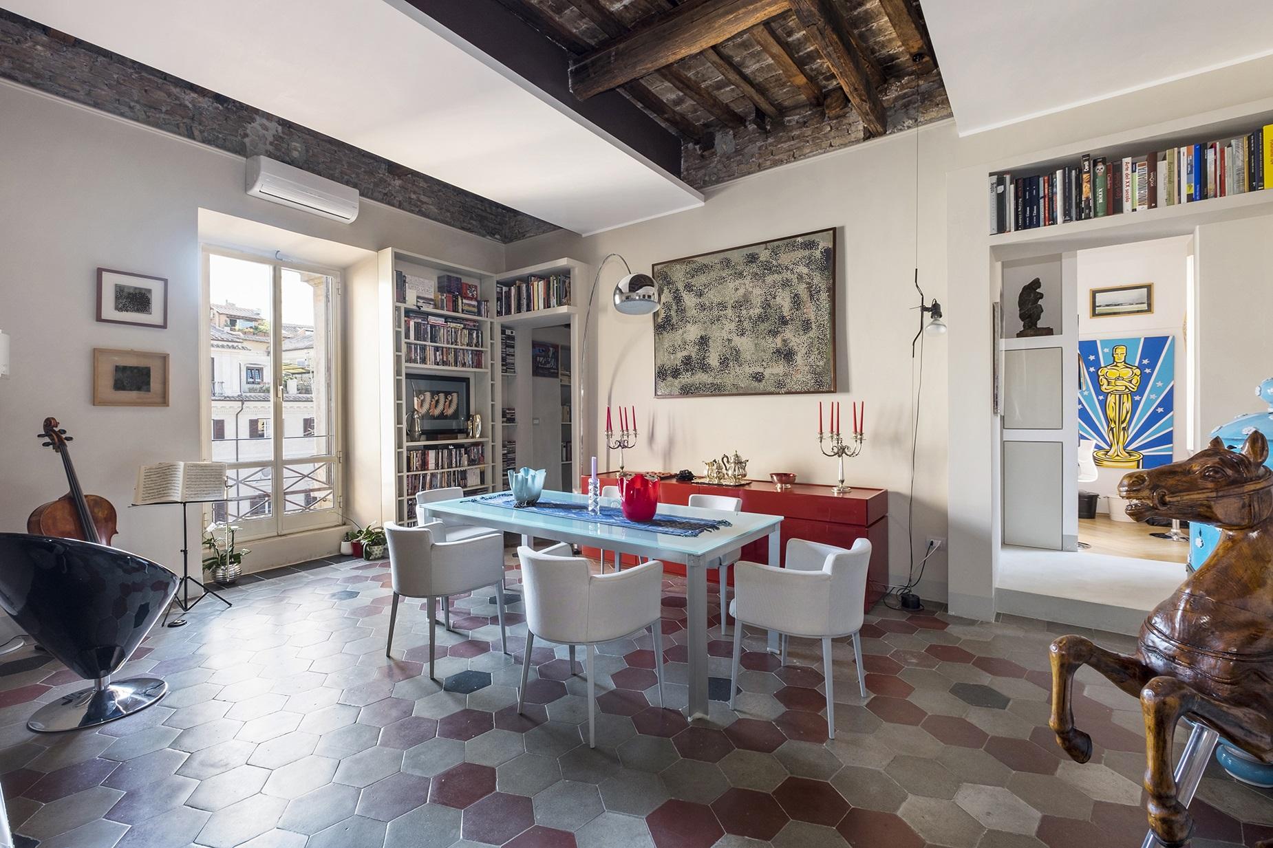 Appartamento di lusso in vendita a roma piazza margana for Appartamento design roma
