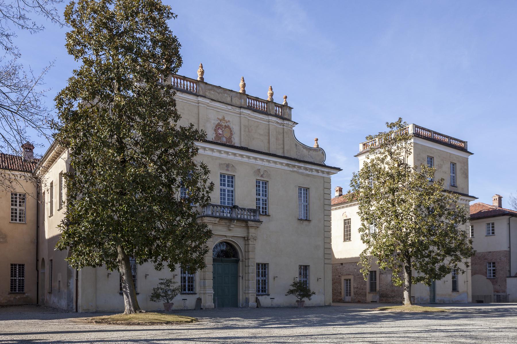 Villa in Vendita a San Giorgio Canavese: 5 locali, 6000 mq