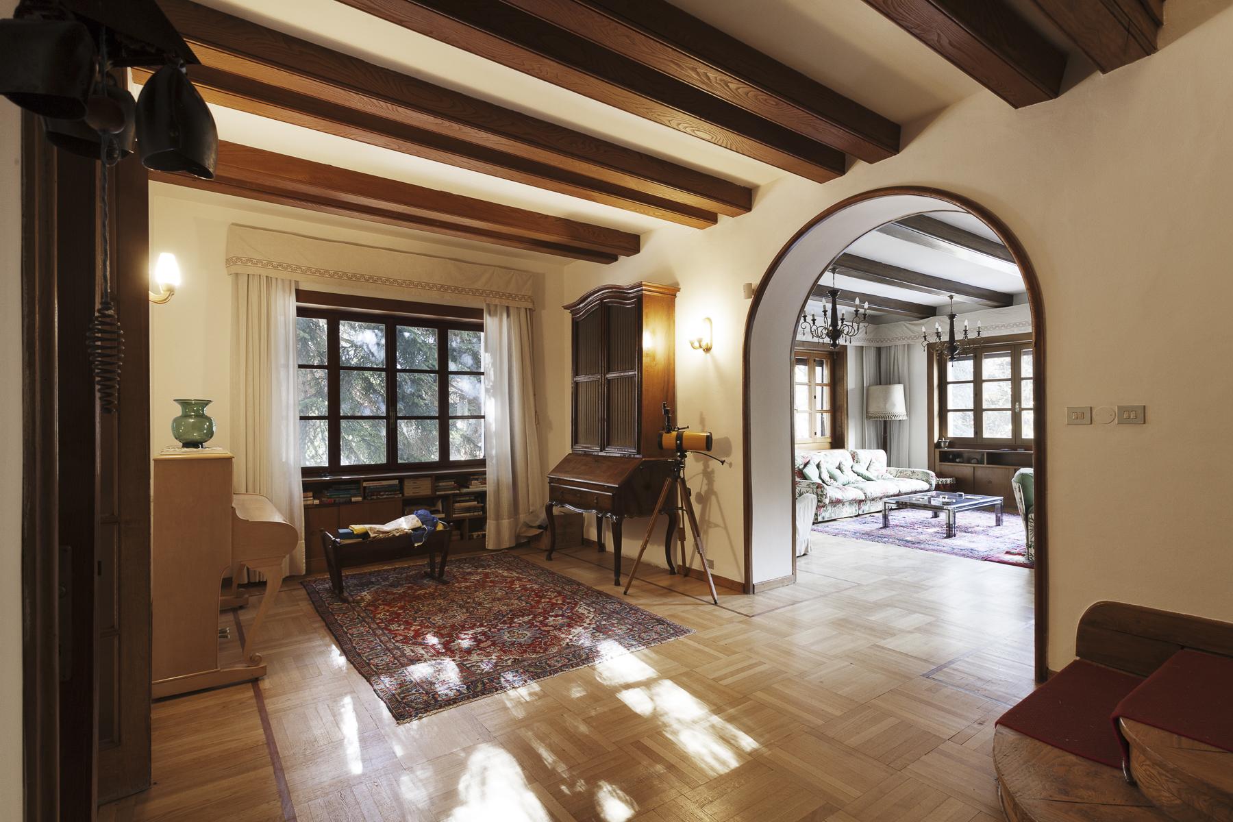 Villa in Vendita a Courmayeur: 5 locali, 2200 mq - Foto 4