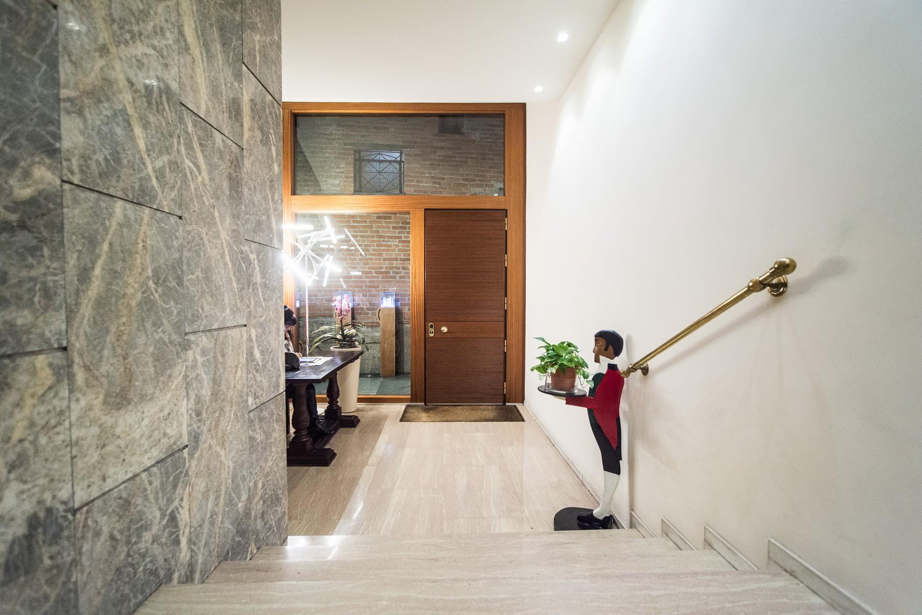 Appartamento in Affitto a Milano: 4 locali, 235 mq - Foto 2