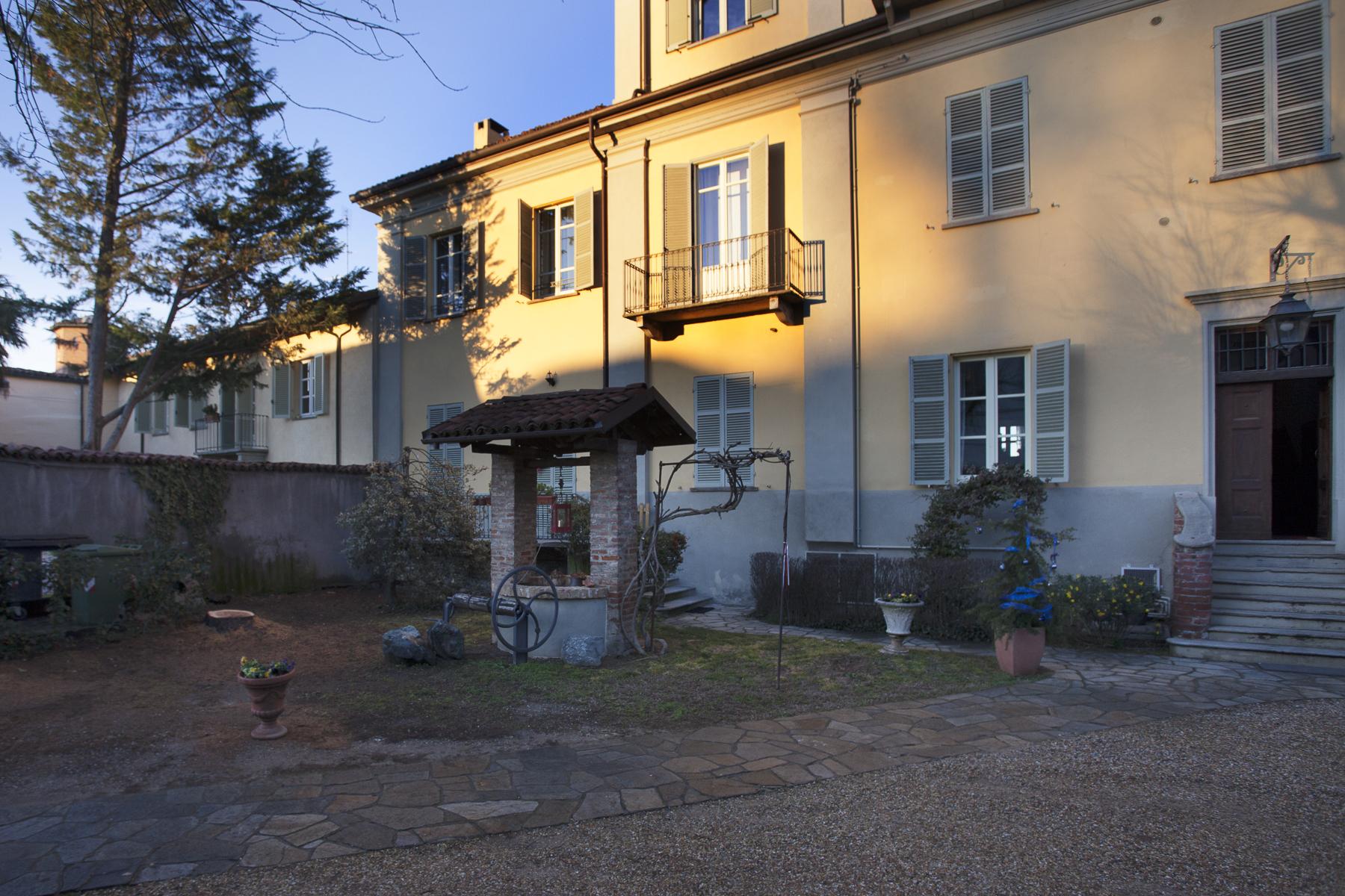 Appartamento in Vendita a Chieri: 4 locali, 110 mq