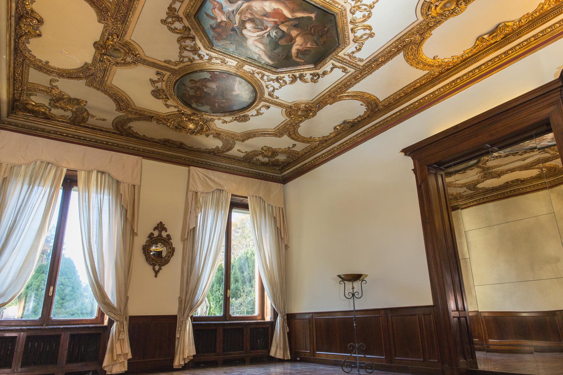 Appartamento in Affitto a Torino: 5 locali, 262 mq - Foto 2