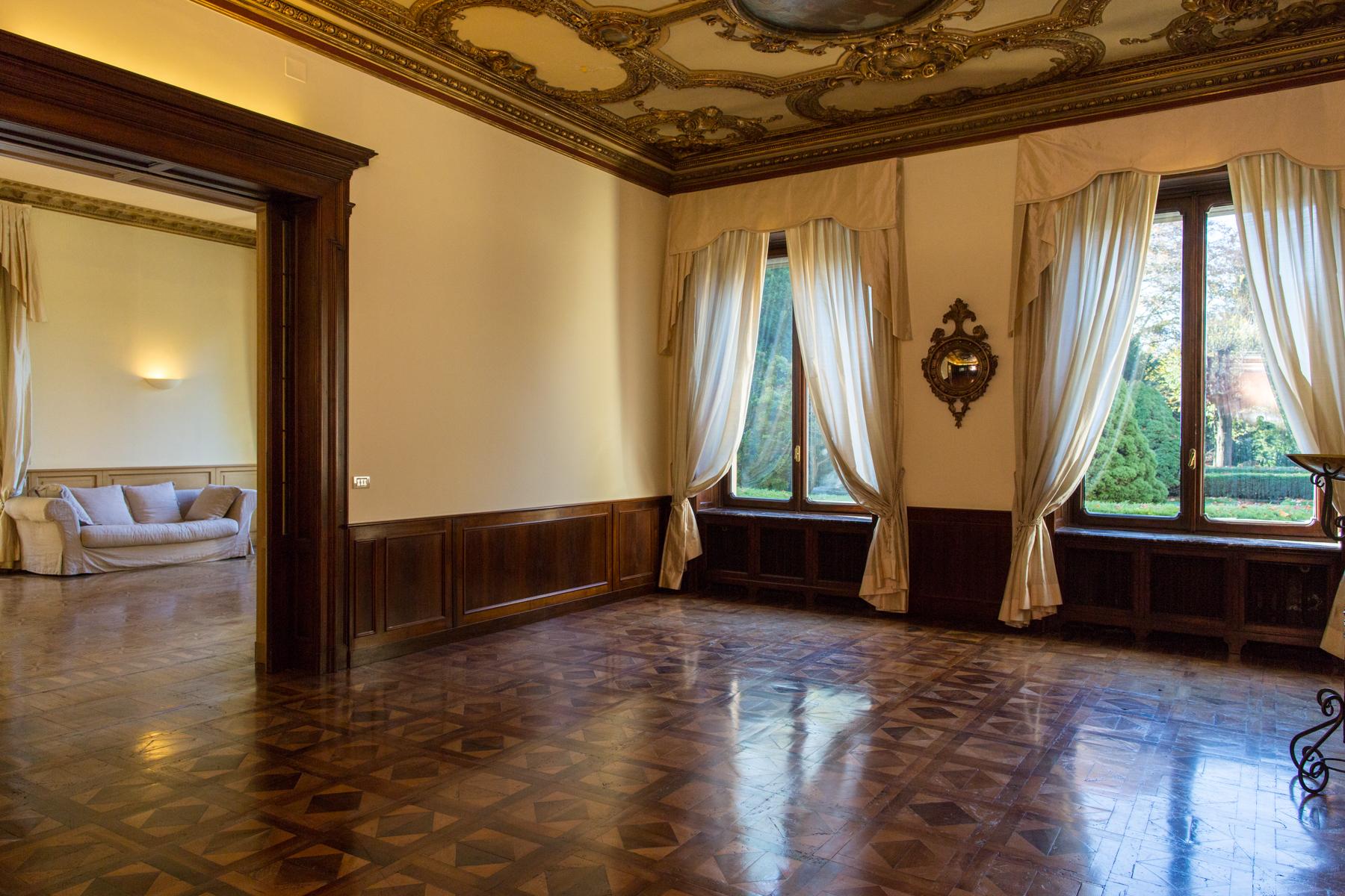 Appartamento in Affitto a Torino: 5 locali, 262 mq - Foto 5