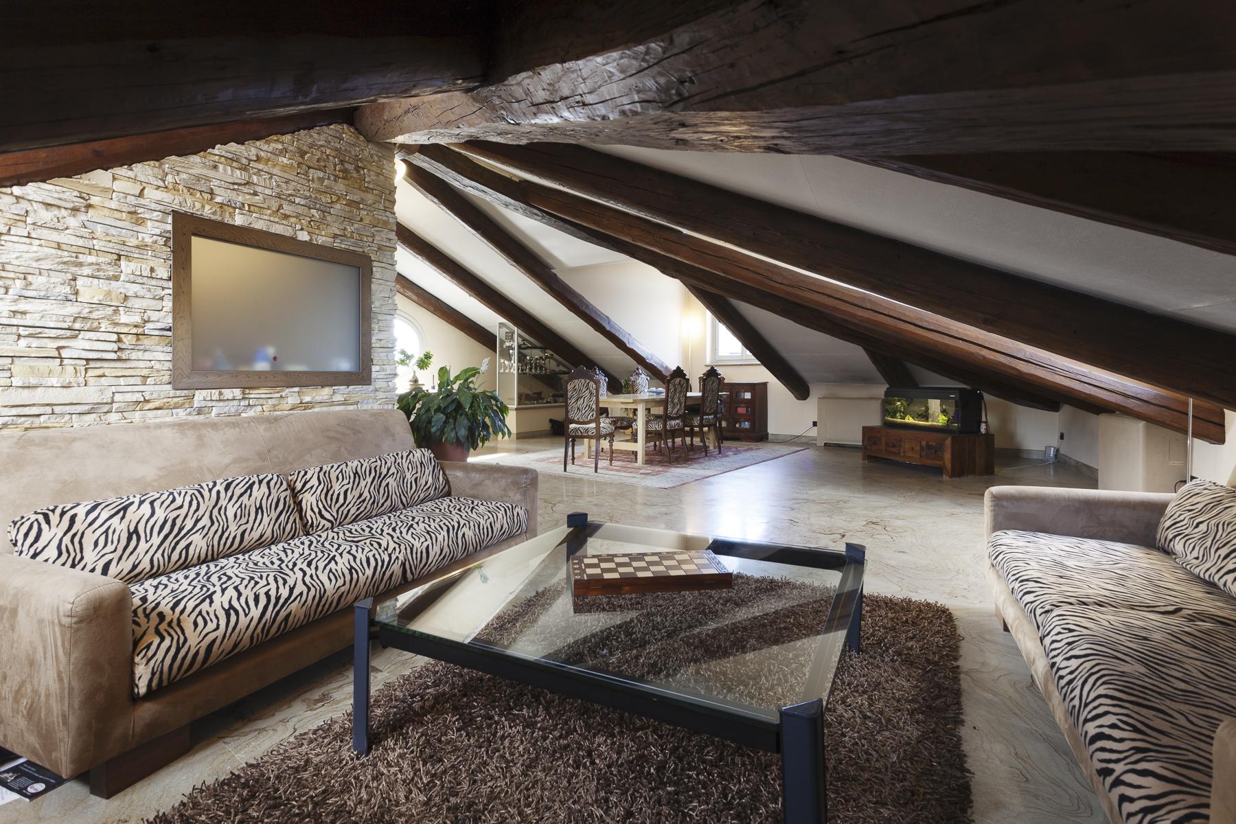 Appartamento in Vendita a Torino: 5 locali, 220 mq - Foto 2