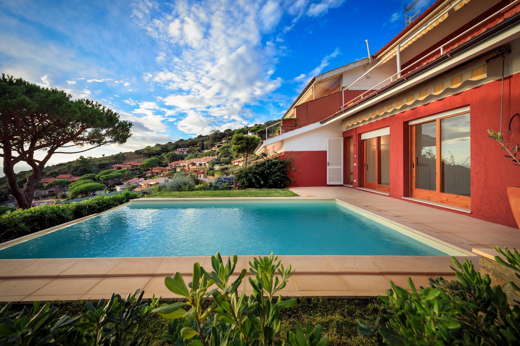 Casa indipendente in Vendita a Castiglione Della Pescaia via monte bianco