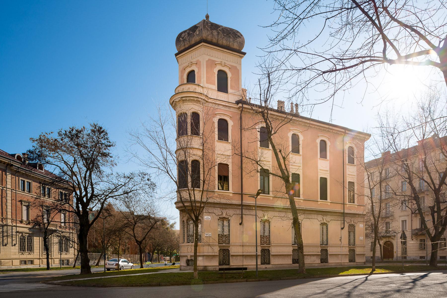 Appartamento in Vendita a Torino: 5 locali, 359 mq - Foto 2