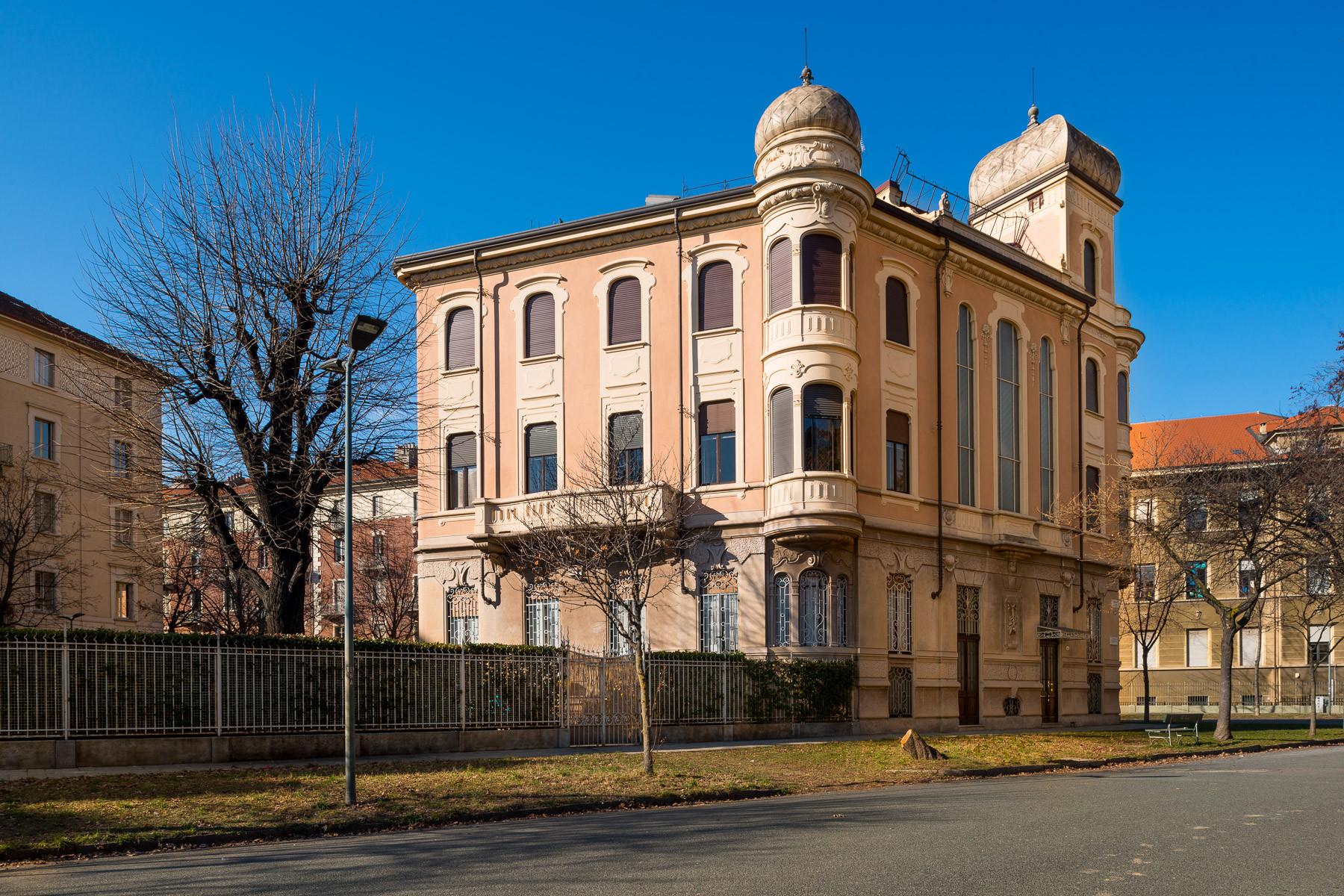 Appartamento in Vendita a Torino: 5 locali, 359 mq - Foto 3
