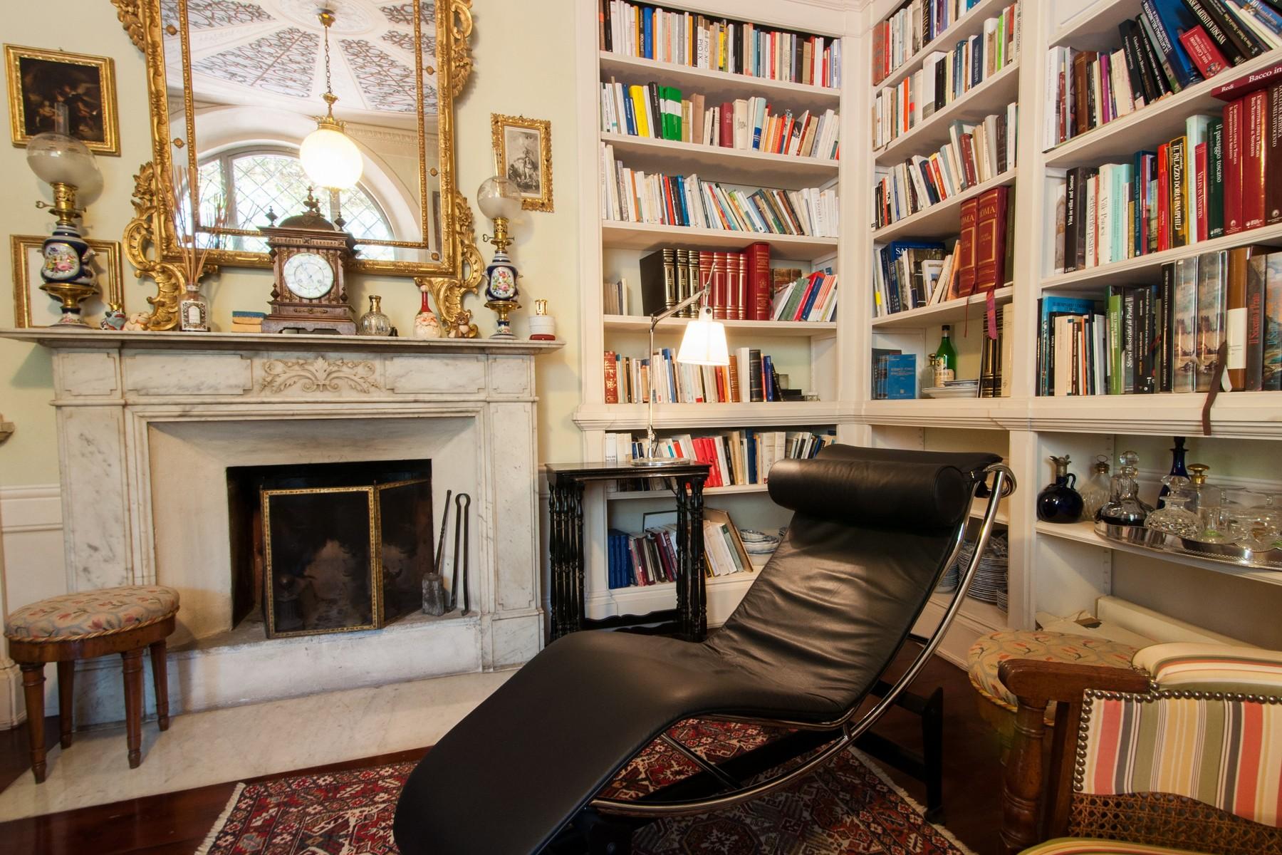 Appartamento in Vendita a Prato: 5 locali, 187 mq - Foto 2