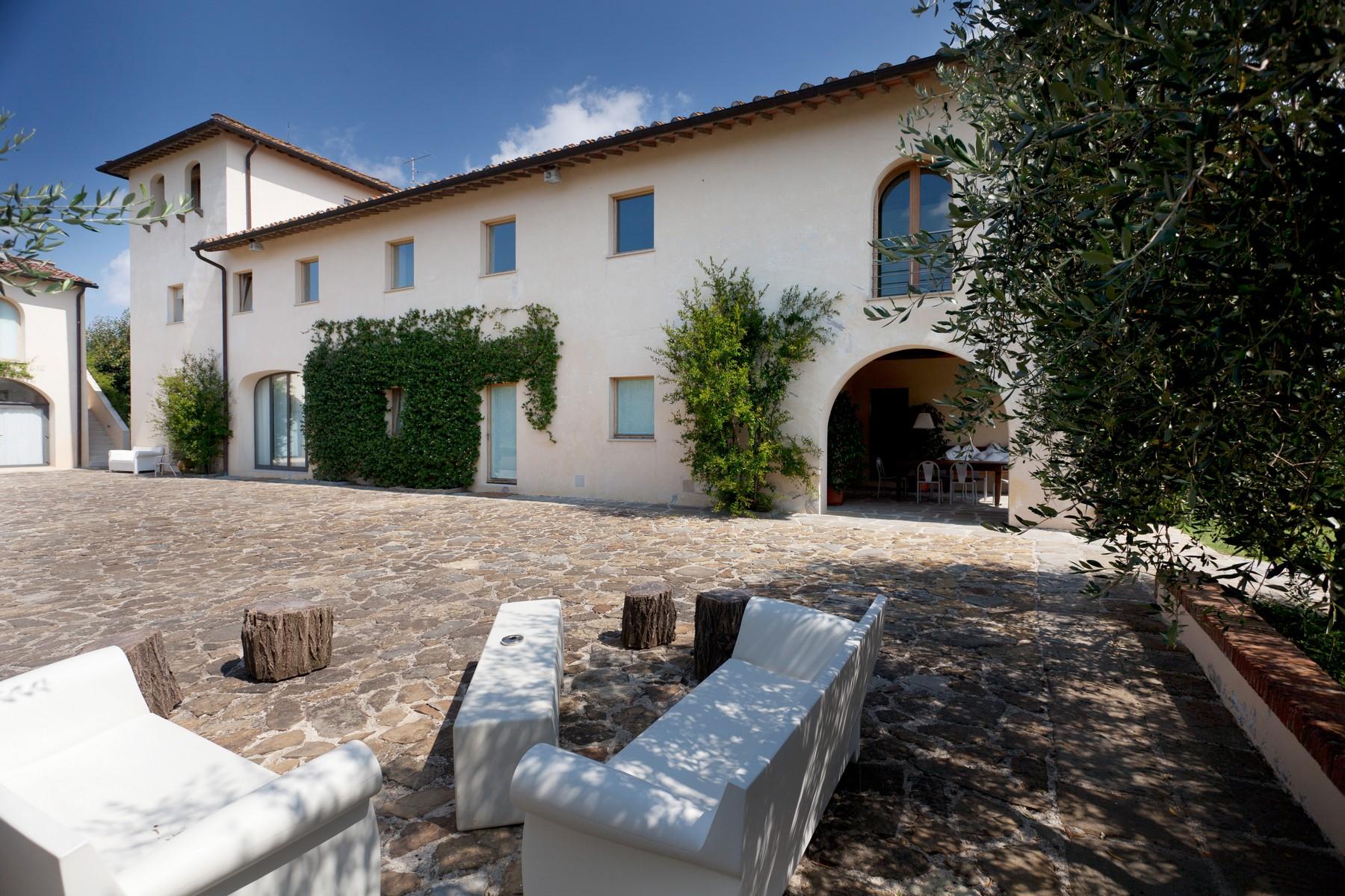 Villa in Vendita a Lastra A Signa: 5 locali, 750 mq - Foto 1