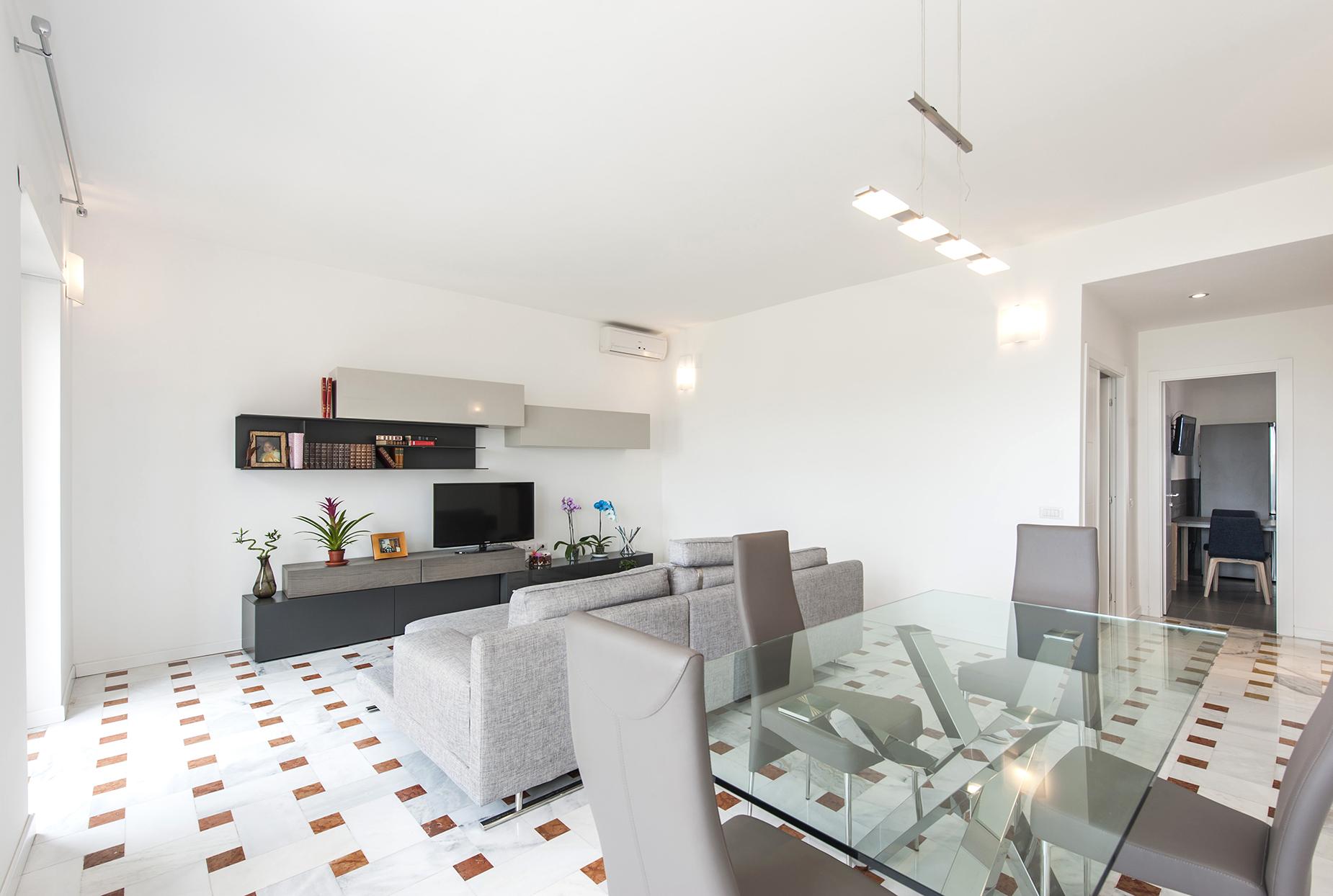 Appartamento in Vendita a Roma: 5 locali, 140 mq - Foto 2