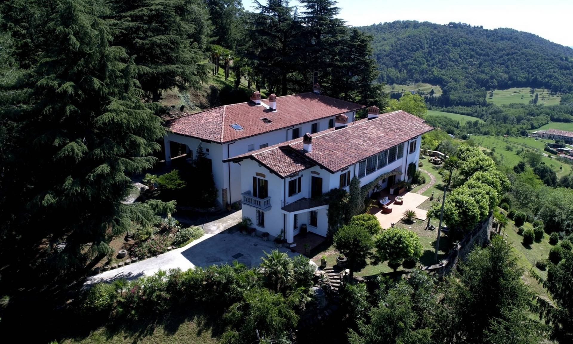 Villa in Vendita a Missaglia via santa appollonia