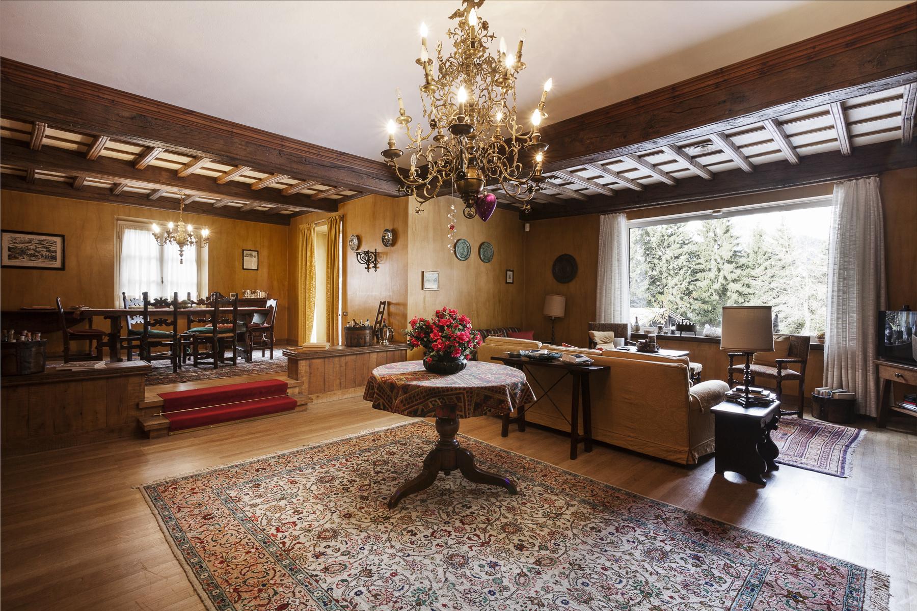 Villa in Vendita a Courmayeur: 5 locali, 900 mq - Foto 2