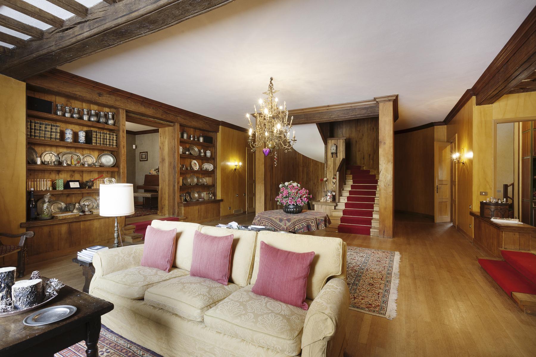 Villa in Vendita a Courmayeur: 5 locali, 900 mq - Foto 3