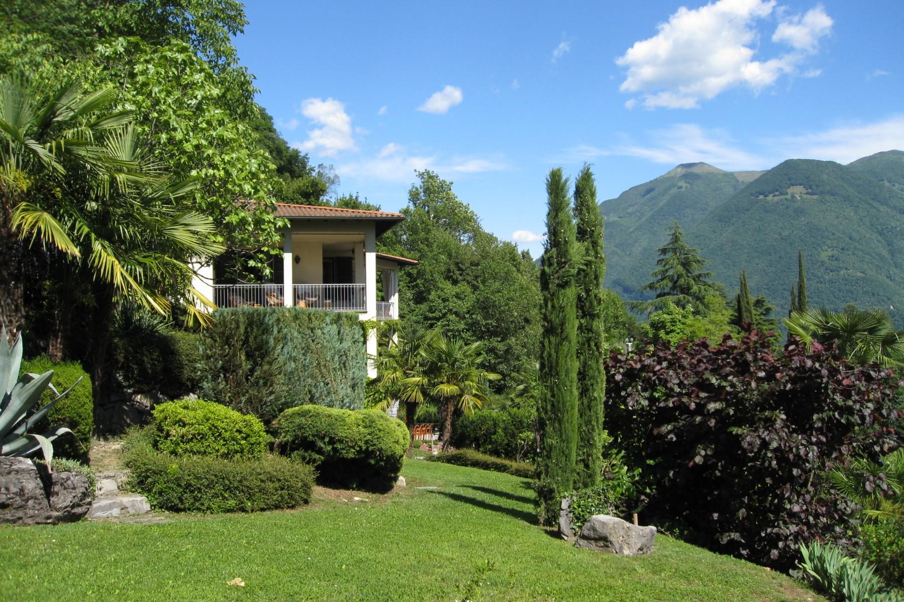 Villa in Vendita a Valsolda: 5 locali, 700 mq - Foto 2