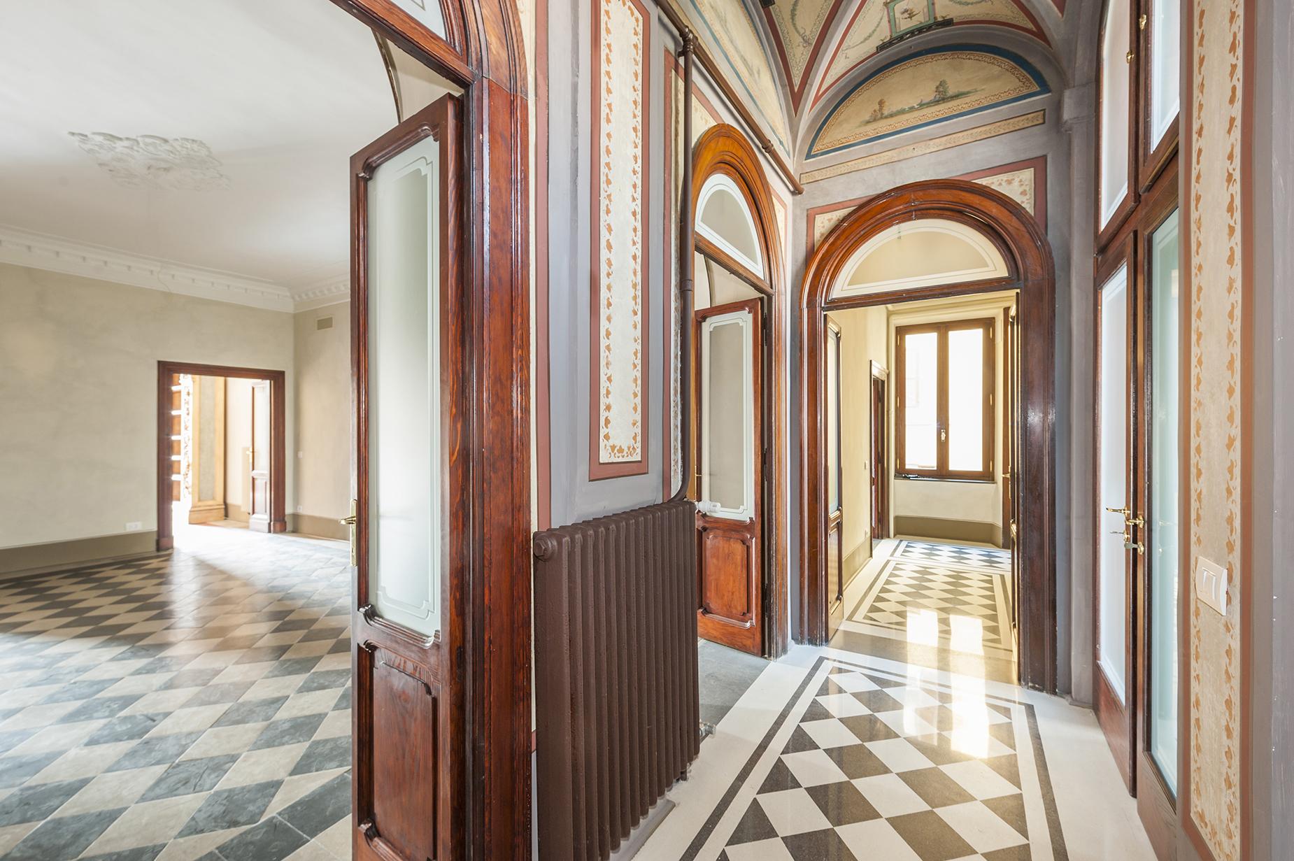 Appartamento di lusso in affitto a roma piazza di spagna for Affitto studio eur