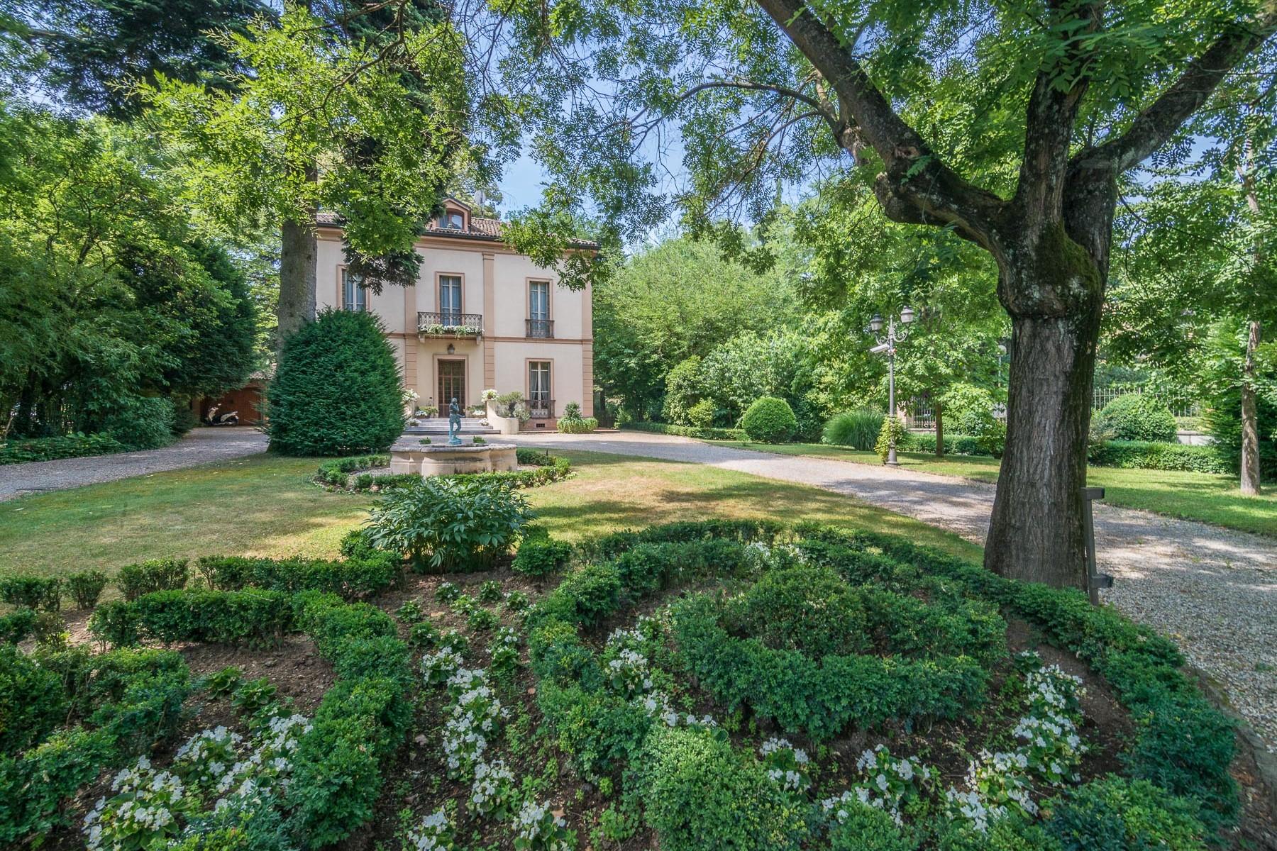 Villa in Vendita a Pavia: 5 locali, 390 mq - Foto 2