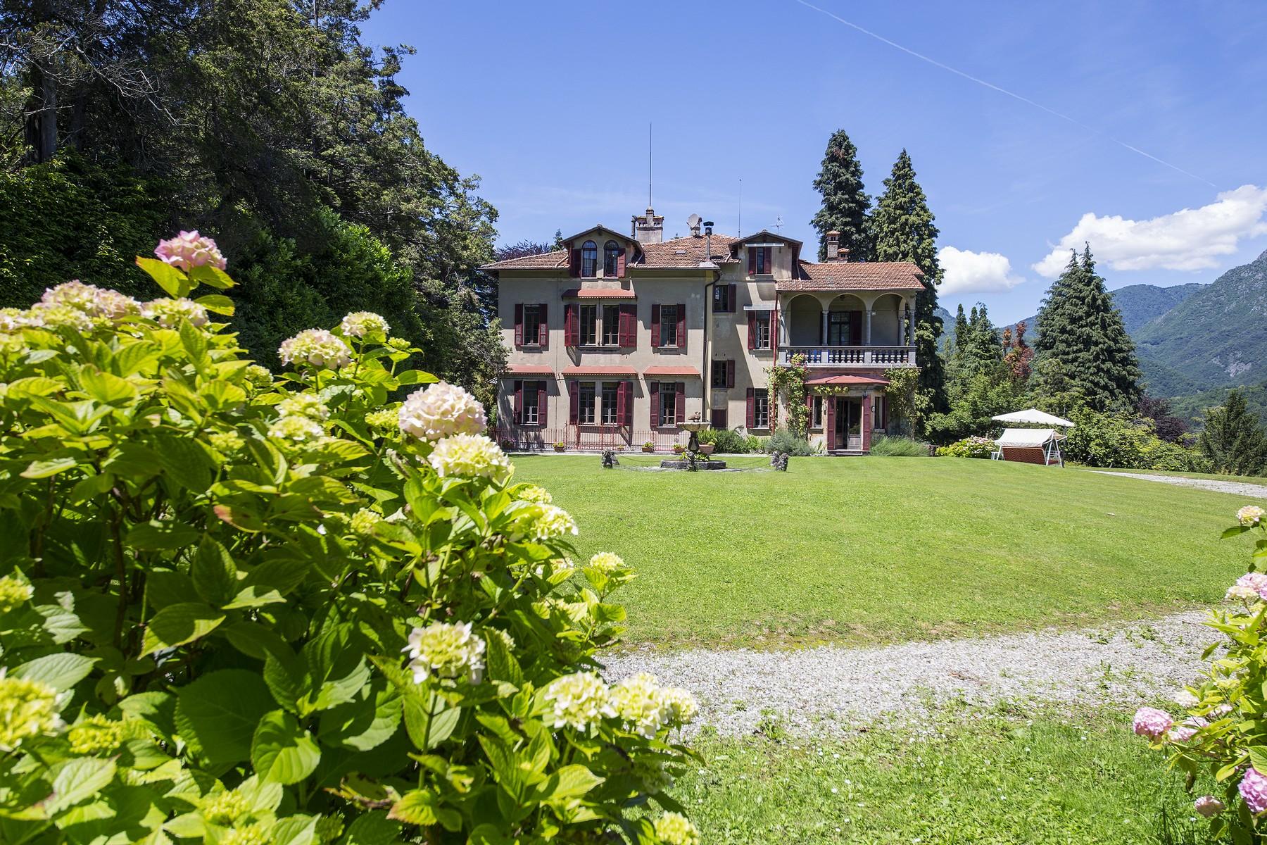 Villa in Vendita a Menaggio: 5 locali, 800 mq - Foto 3
