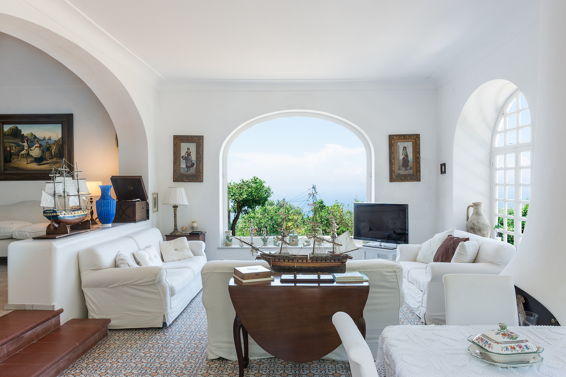 Villa in Vendita a Capri via vignola