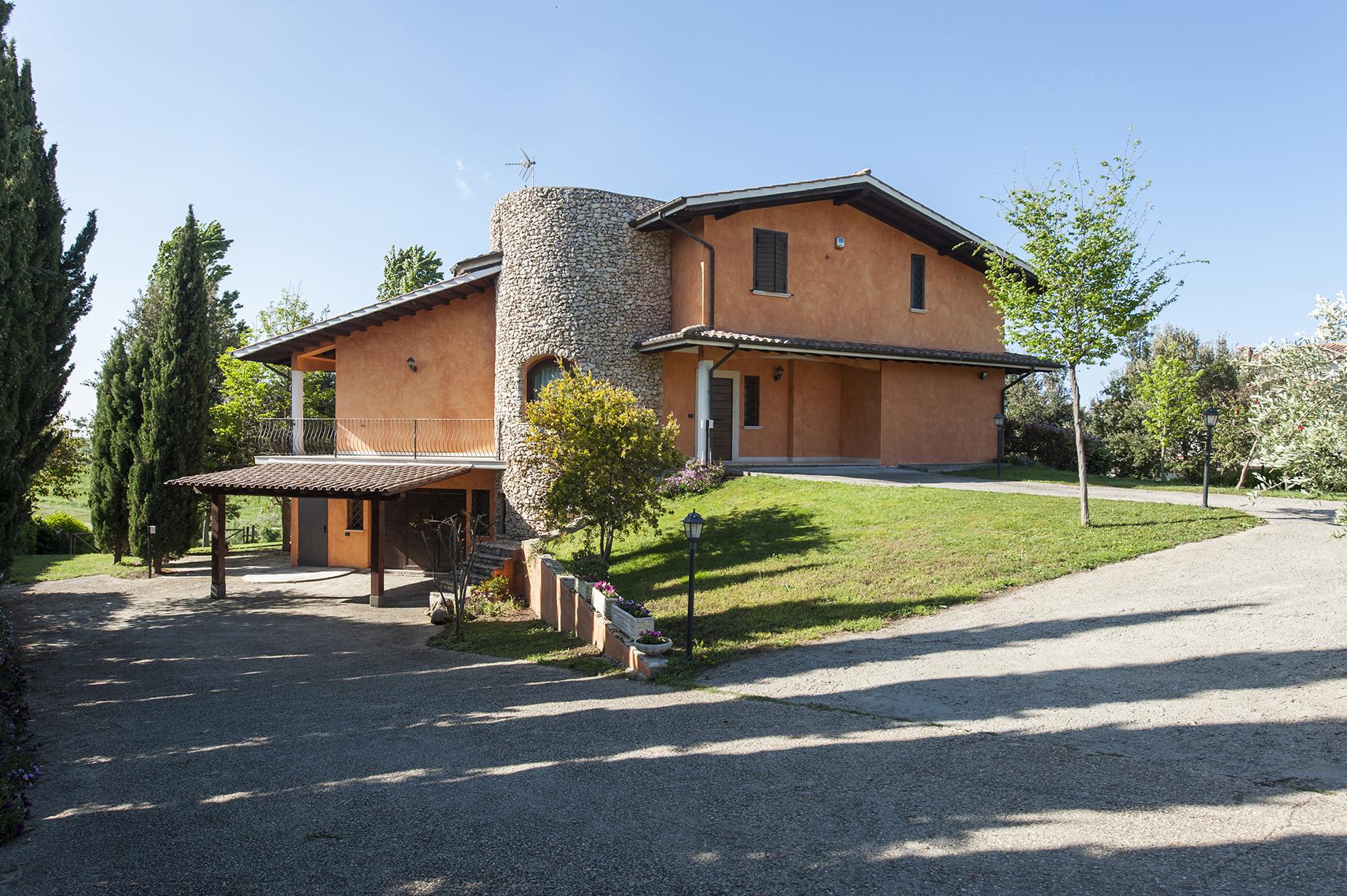 Villa in Vendita a Cerveteri: 5 locali, 400 mq