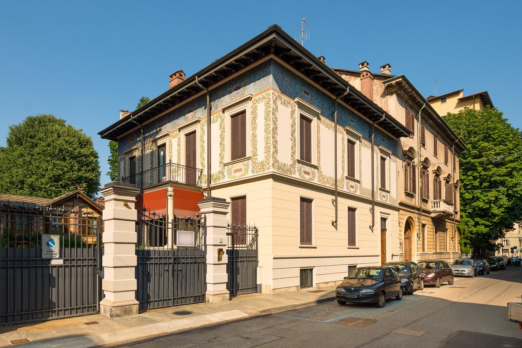 Appartamento in Vendita a Torino via rodolfo montevecchio