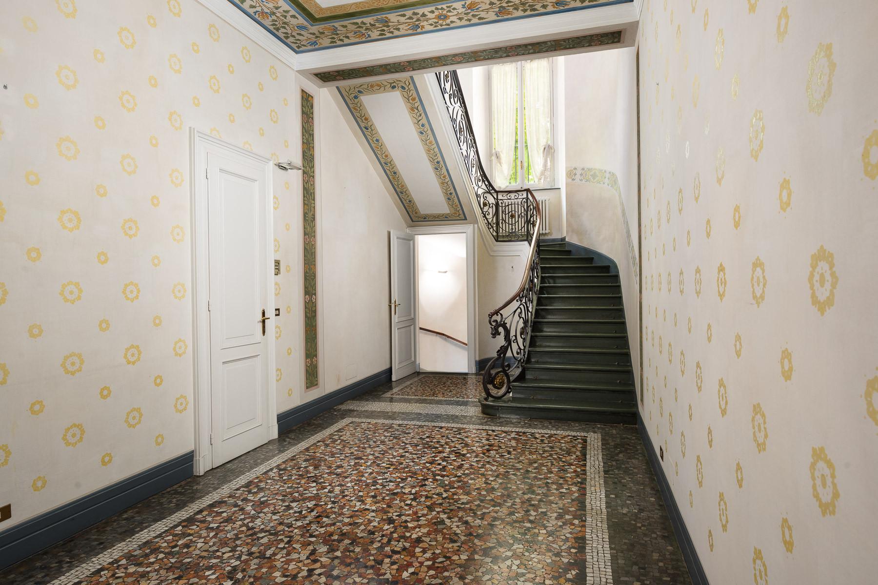 Appartamento in Vendita a Torino: 5 locali, 350 mq - Foto 2