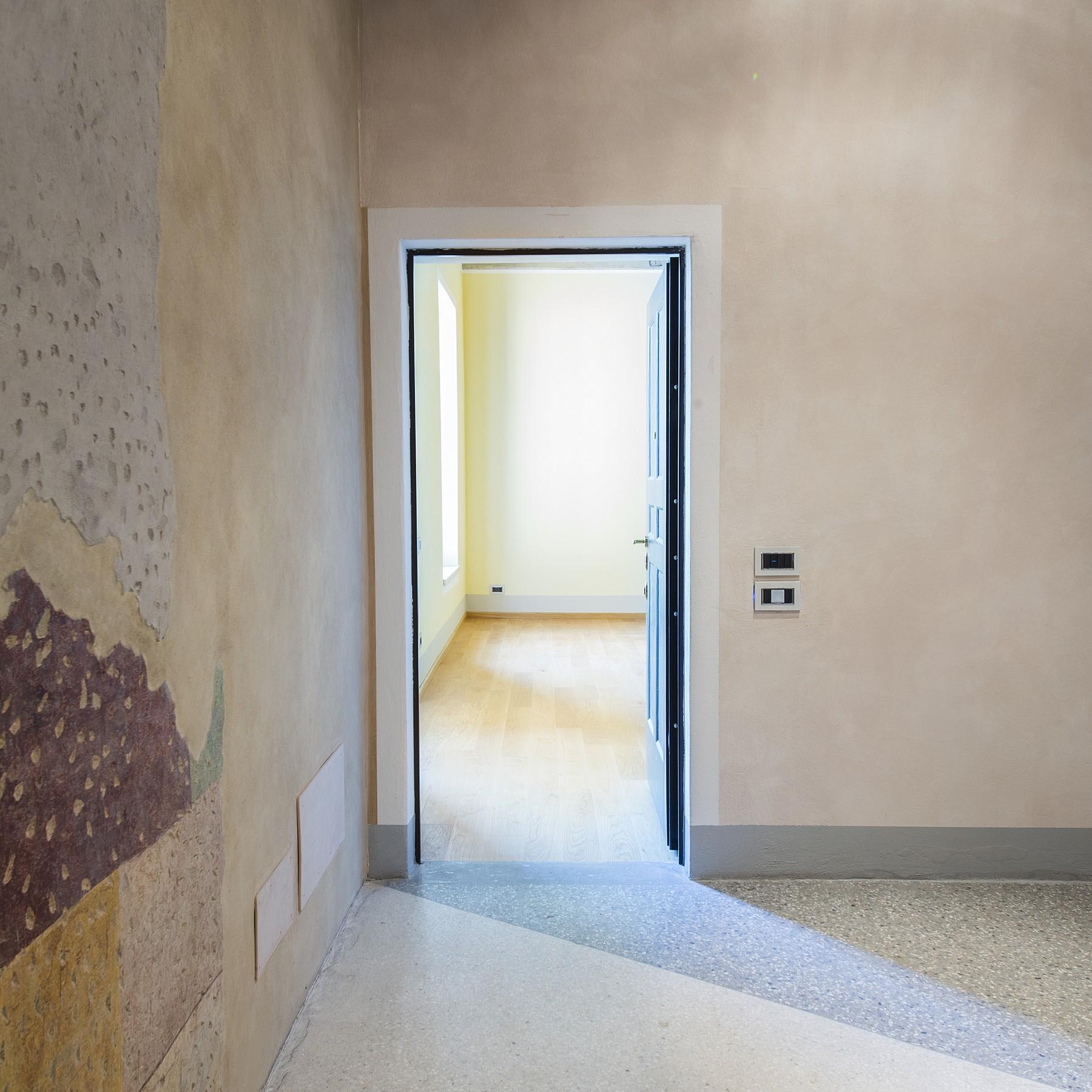 Appartamento in Affitto a Como: 5 locali, 140 mq - Foto 4