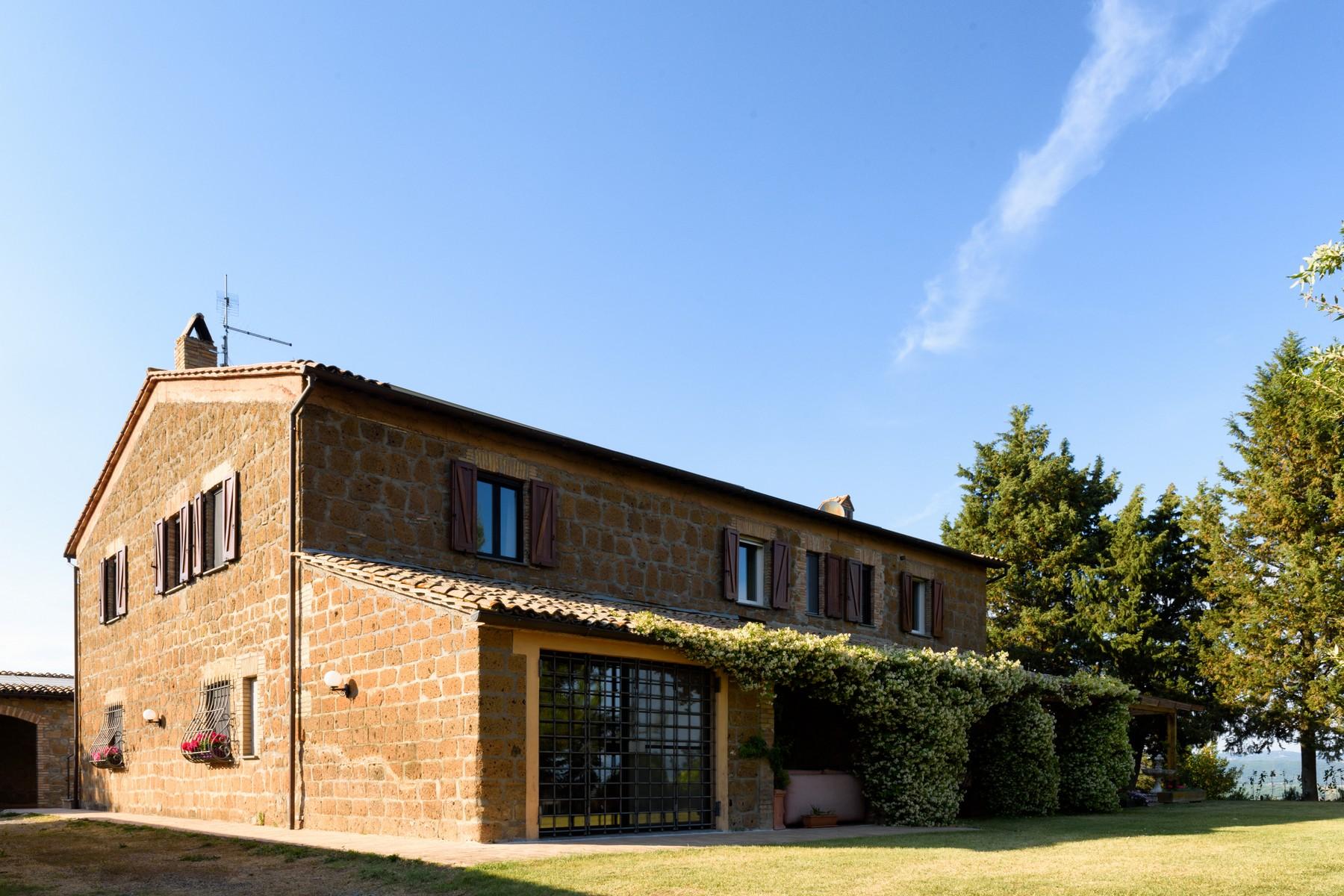 Casa indipendente in Vendita a Castel Viscardo: 5 locali, 700 mq - Foto 4
