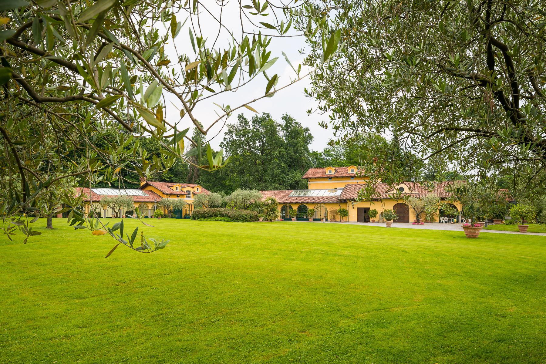 Villa in Vendita a Vigliano Biellese: 5 locali, 524 mq - Foto 2