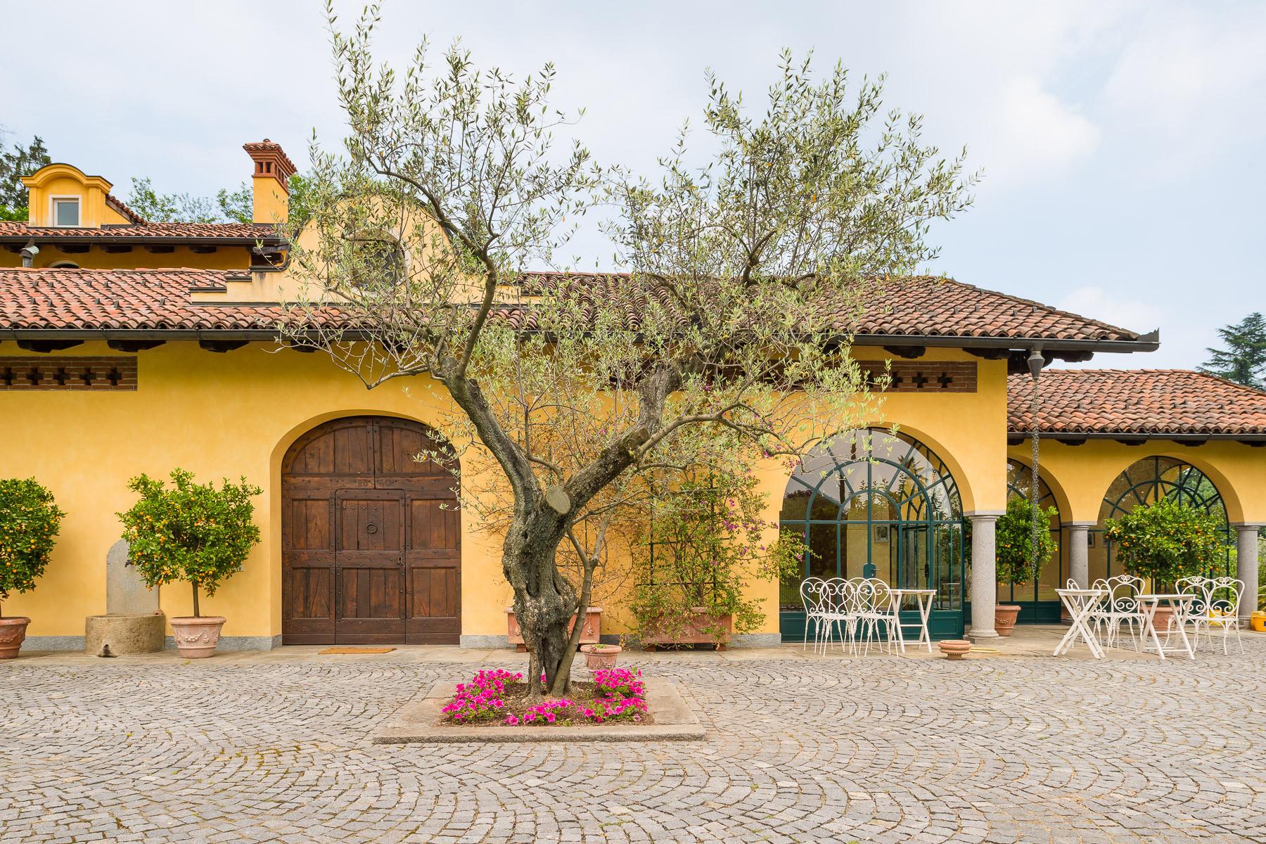 Villa in Vendita a Vigliano Biellese: 5 locali, 524 mq - Foto 4
