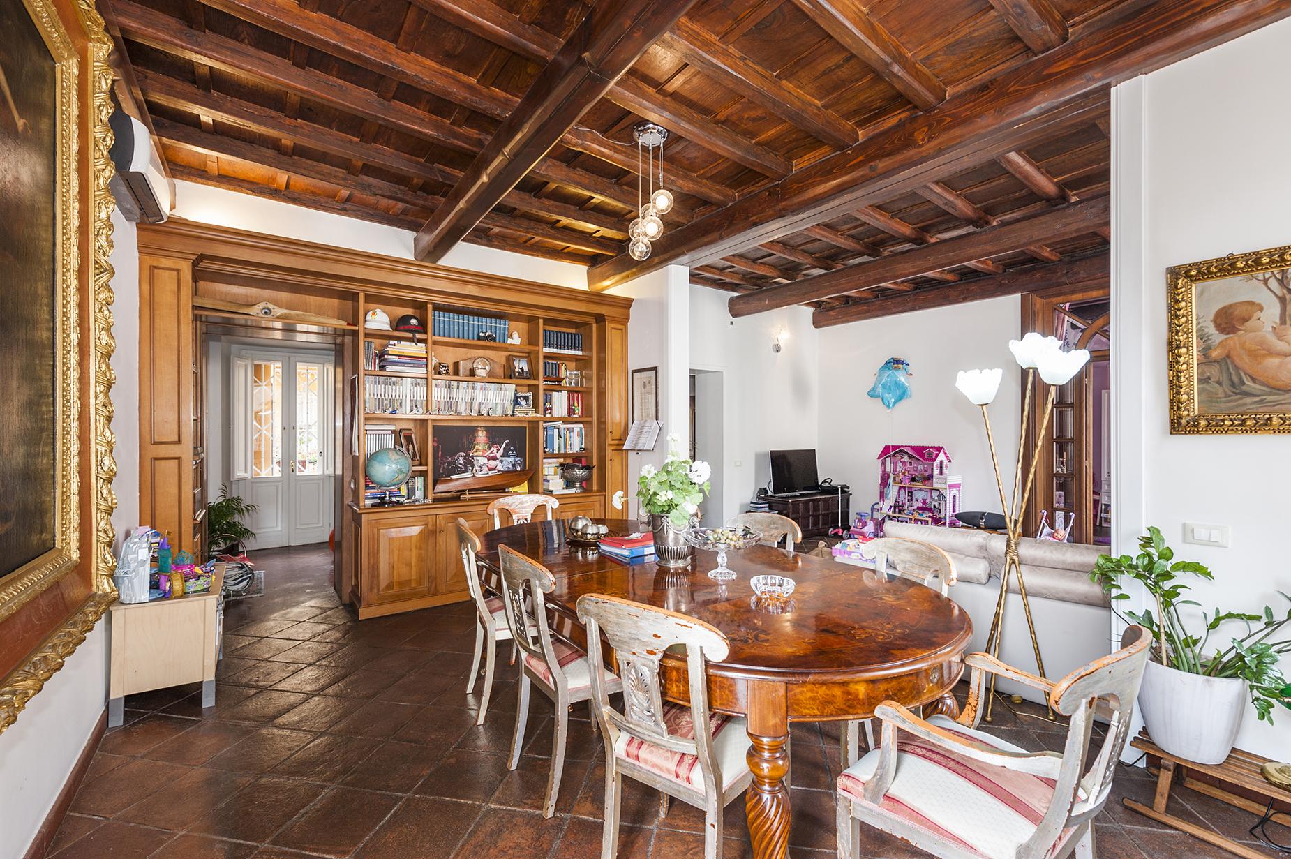 Appartamento di lusso in affitto a roma vico vicolo for Affitto uffici zona eur