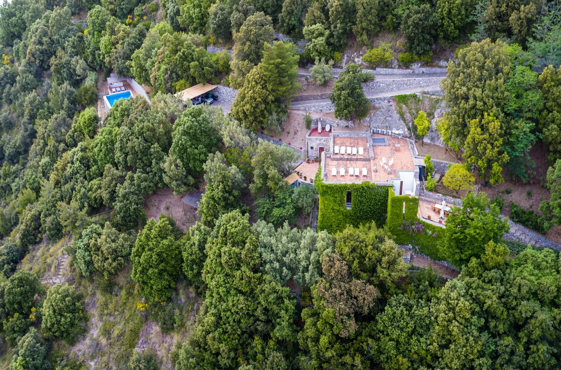 Villa in Vendita a Maiori: 5 locali, 202 mq - Foto 2