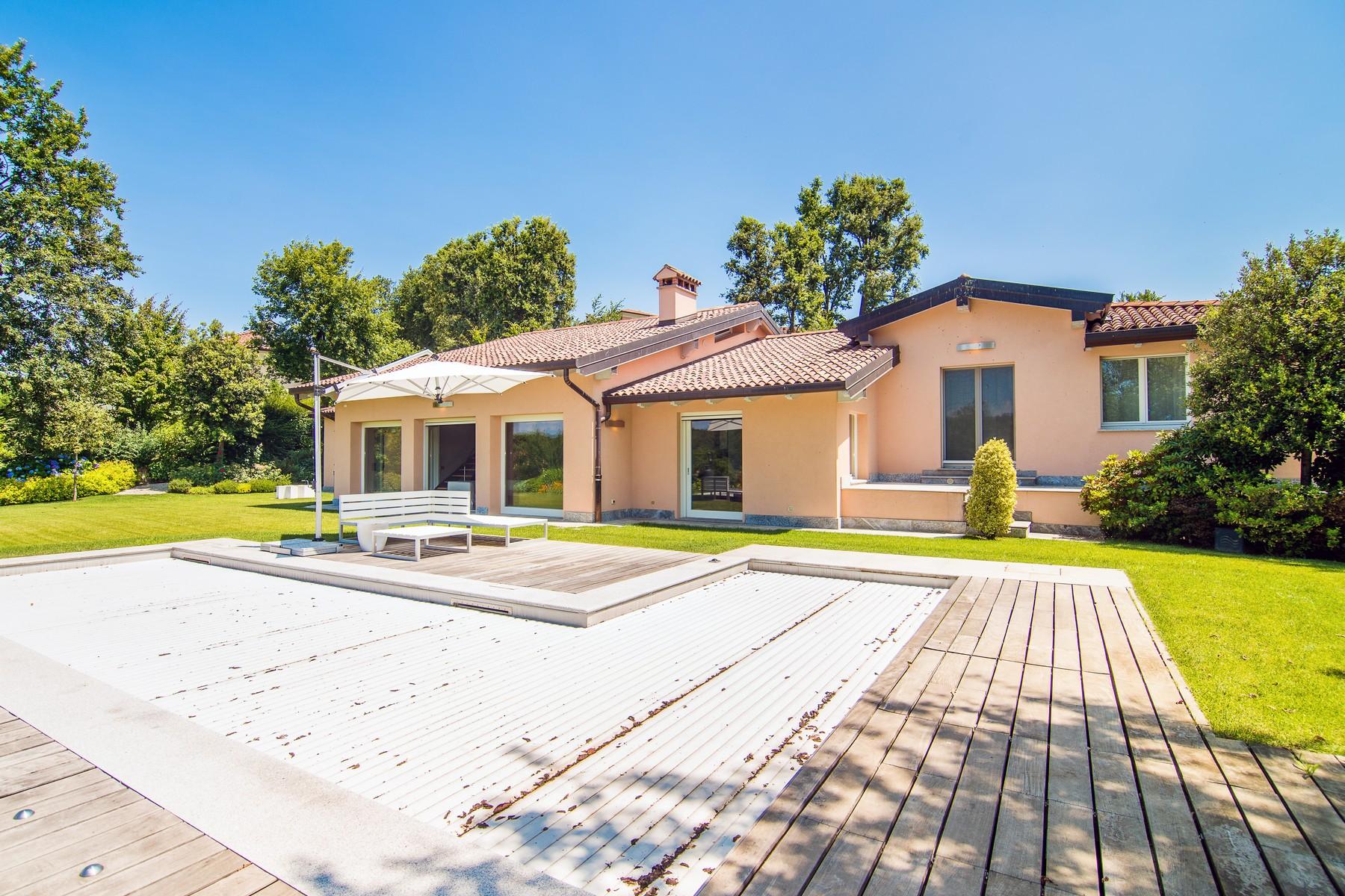 Villa in Vendita a Bogogno: 5 locali, 350 mq - Foto 4