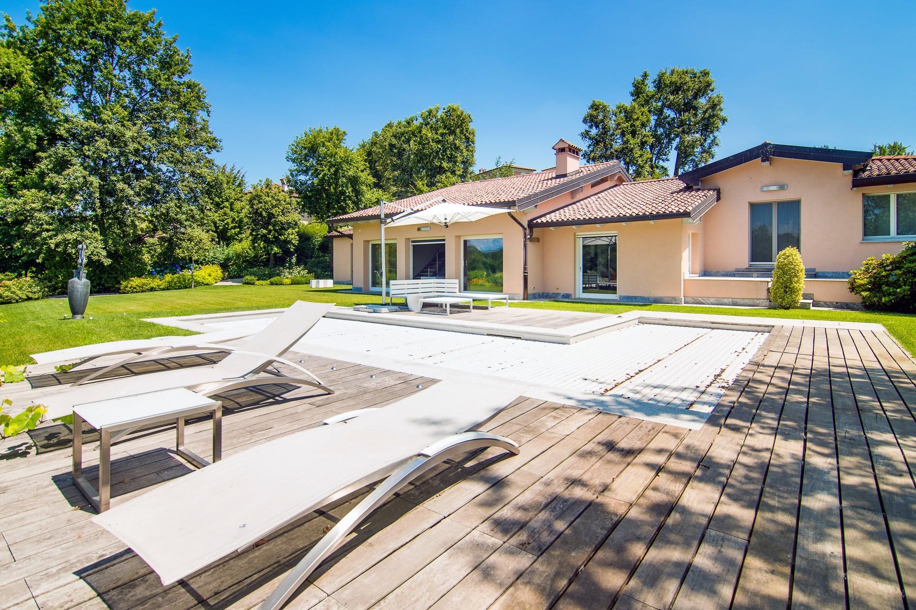 Villa in Vendita a Bogogno via san isidoro