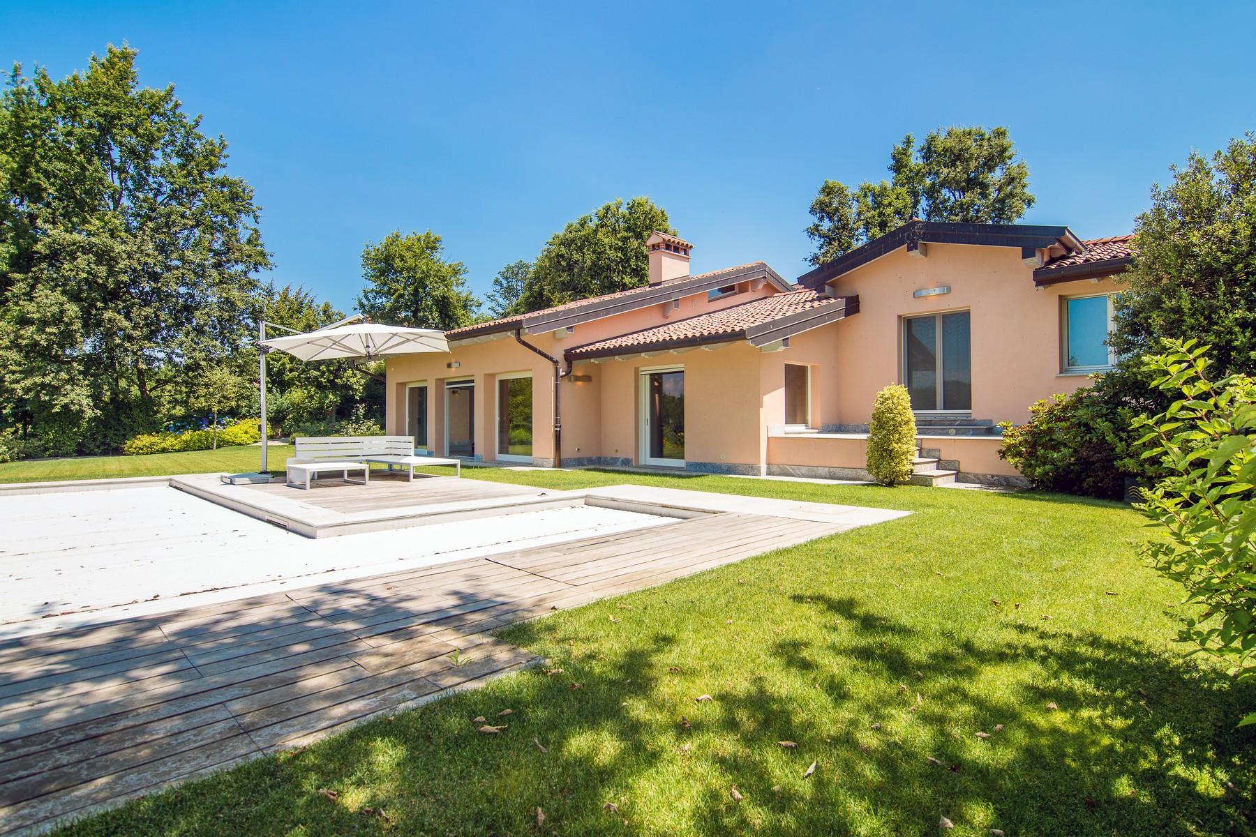 Villa in Vendita a Bogogno: 5 locali, 350 mq - Foto 3