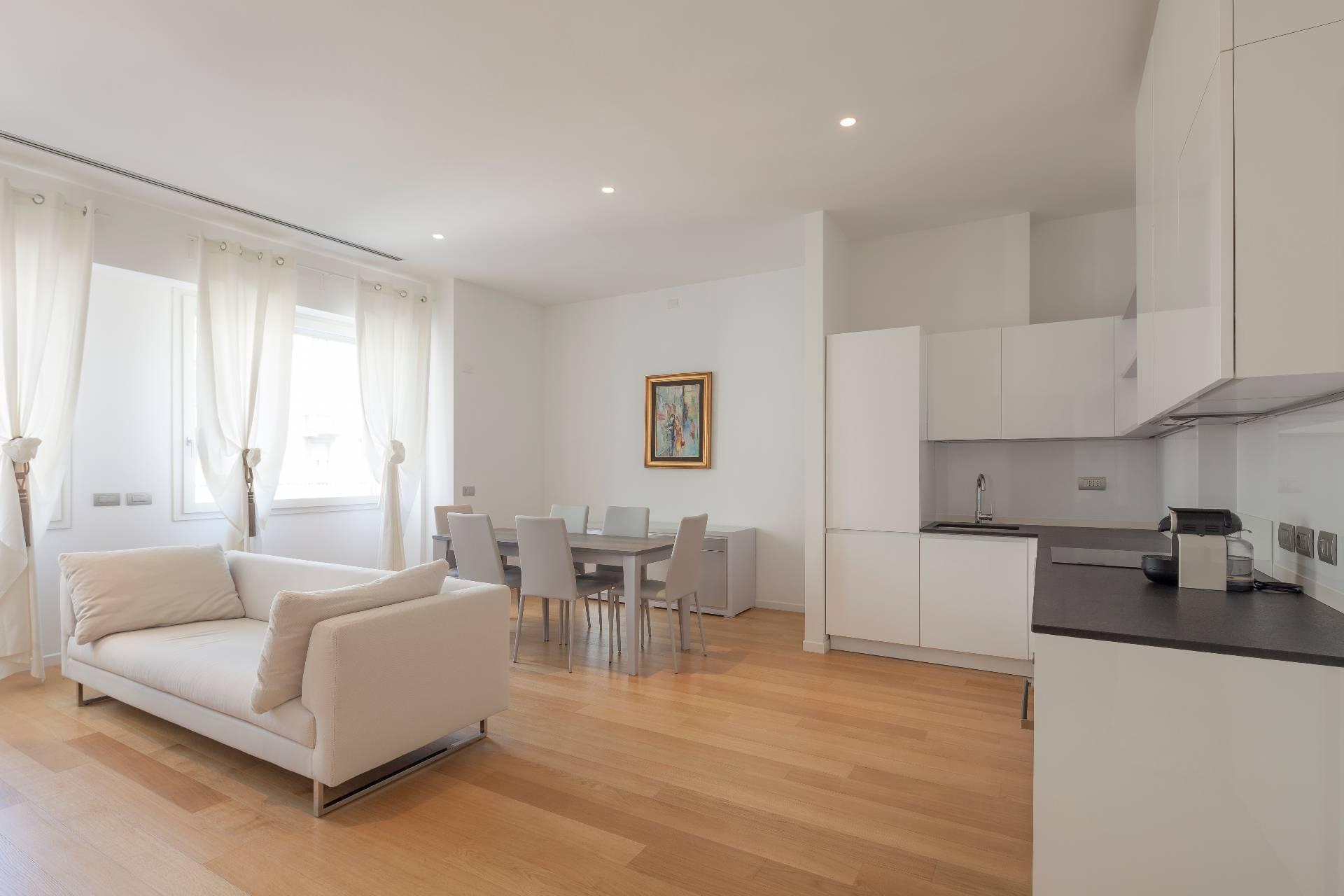 Appartamento in Vendita a Milano: 3 locali, 68 mq - Foto 2