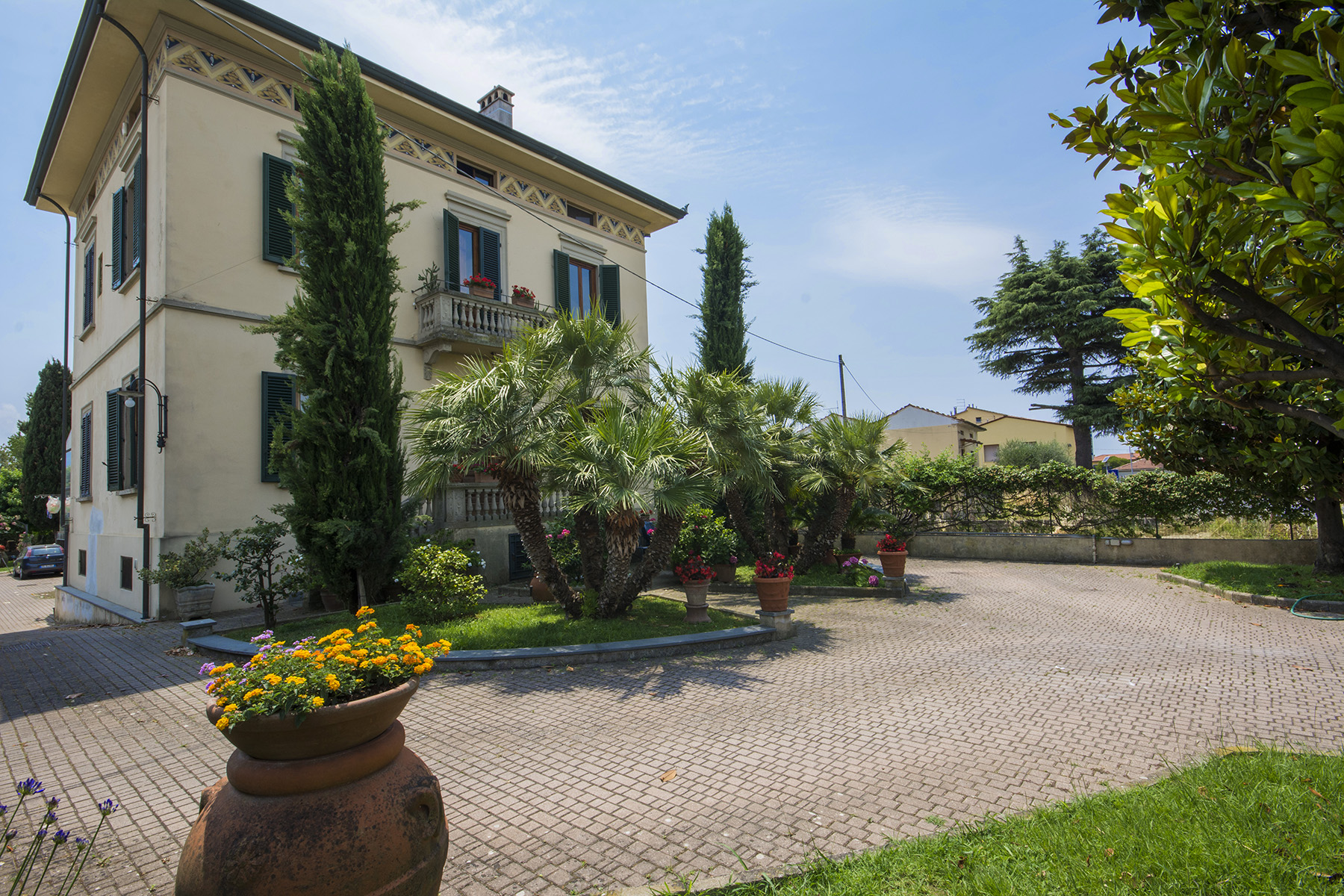 Villa in Vendita a Lucca: 5 locali, 500 mq - Foto 1