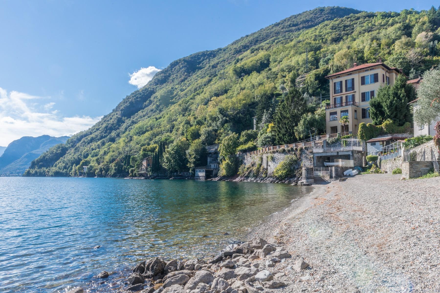 Villa in Vendita a San Siro: 5 locali, 600 mq - Foto 2