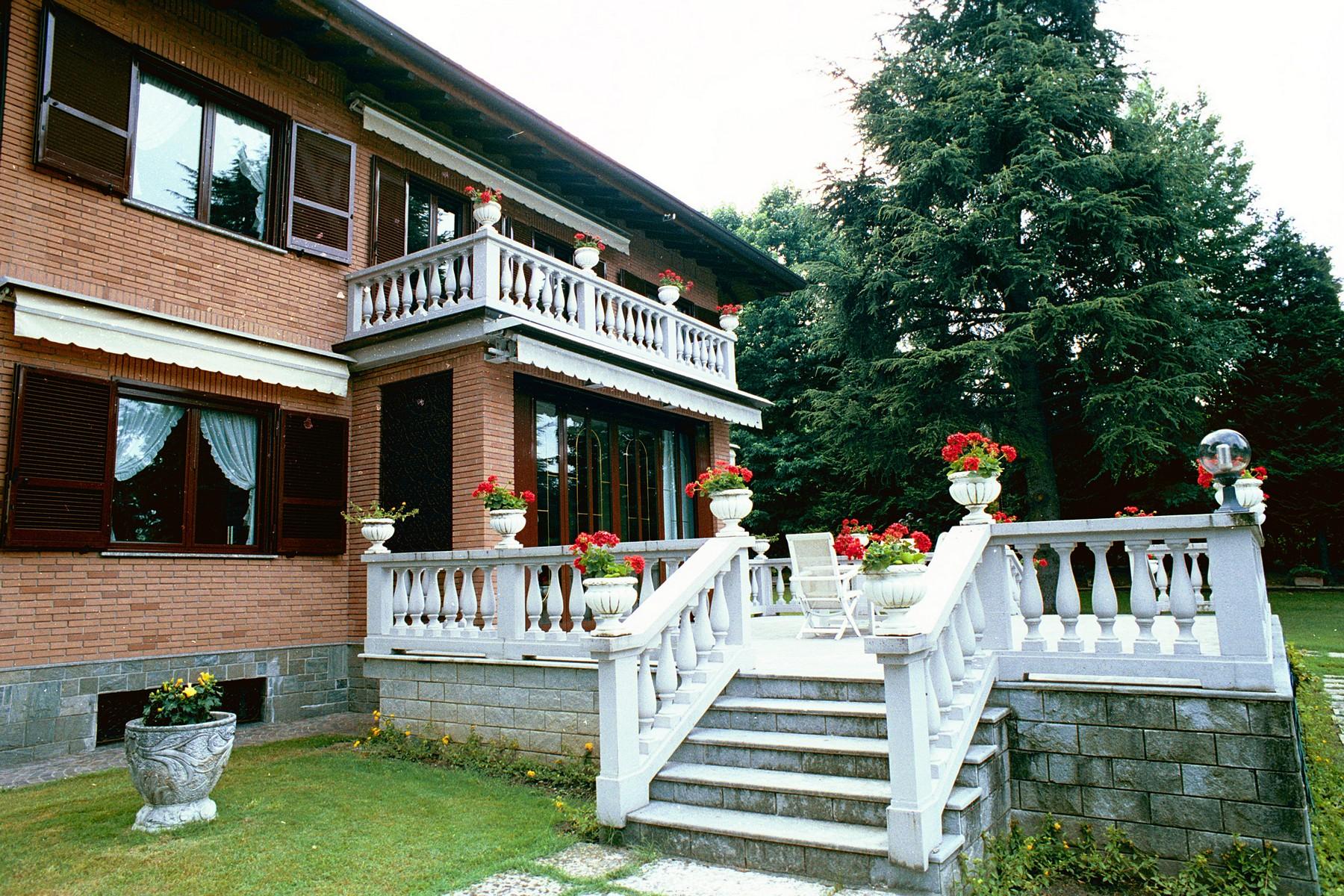 Villa in Vendita a Castello Di Brianza: 5 locali, 650 mq - Foto 3