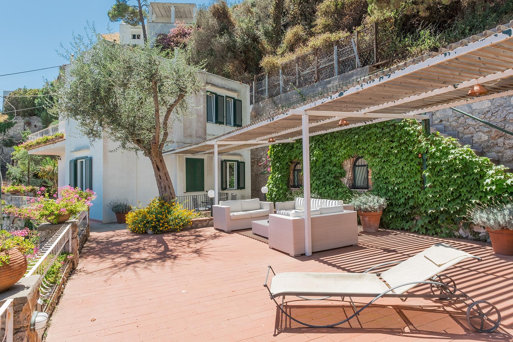 Villa di lusso in vendita a capri scala torina trovocasa for Villas in capri