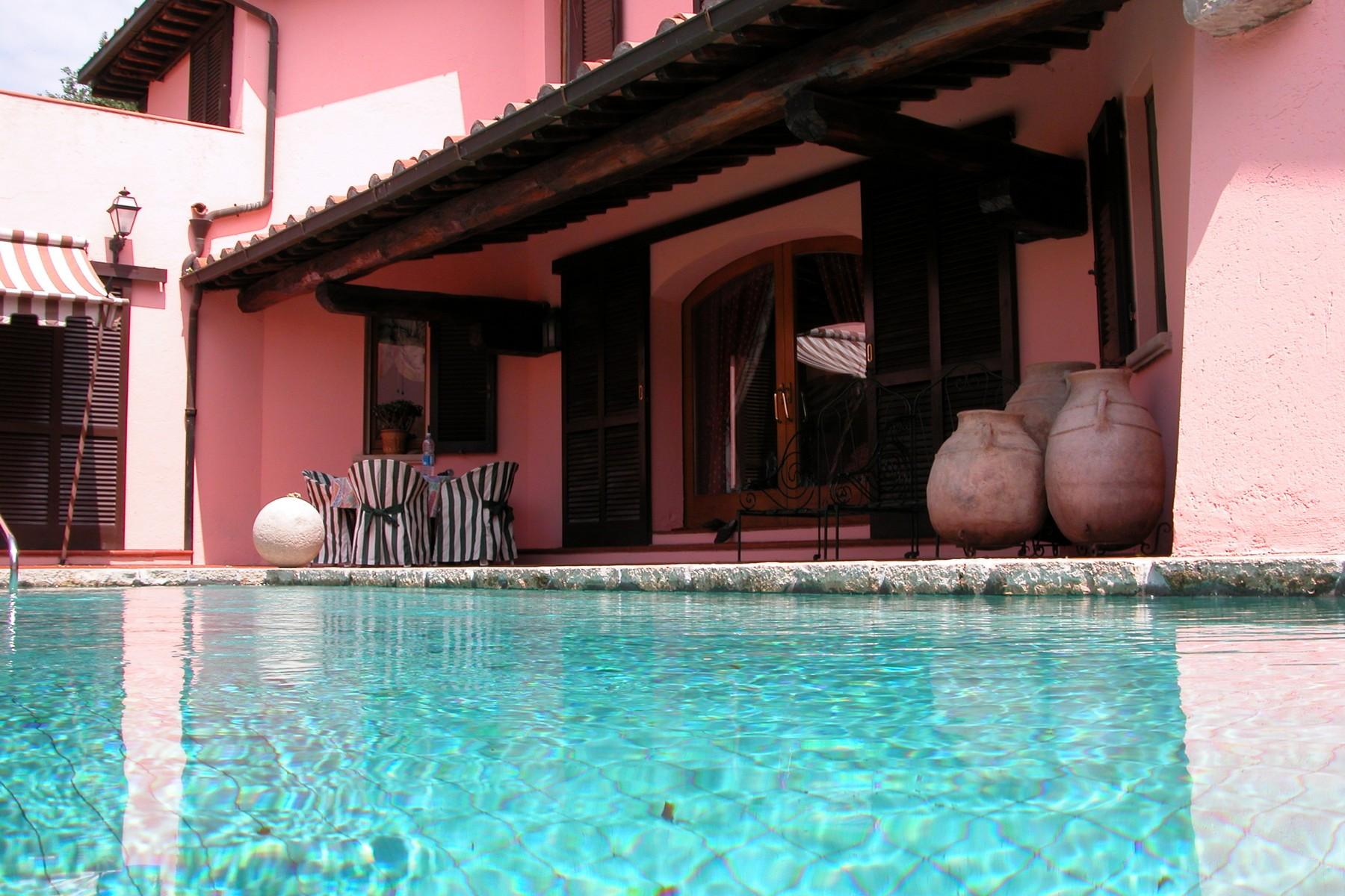 Villa in Vendita a Scansano: 5 locali, 700 mq