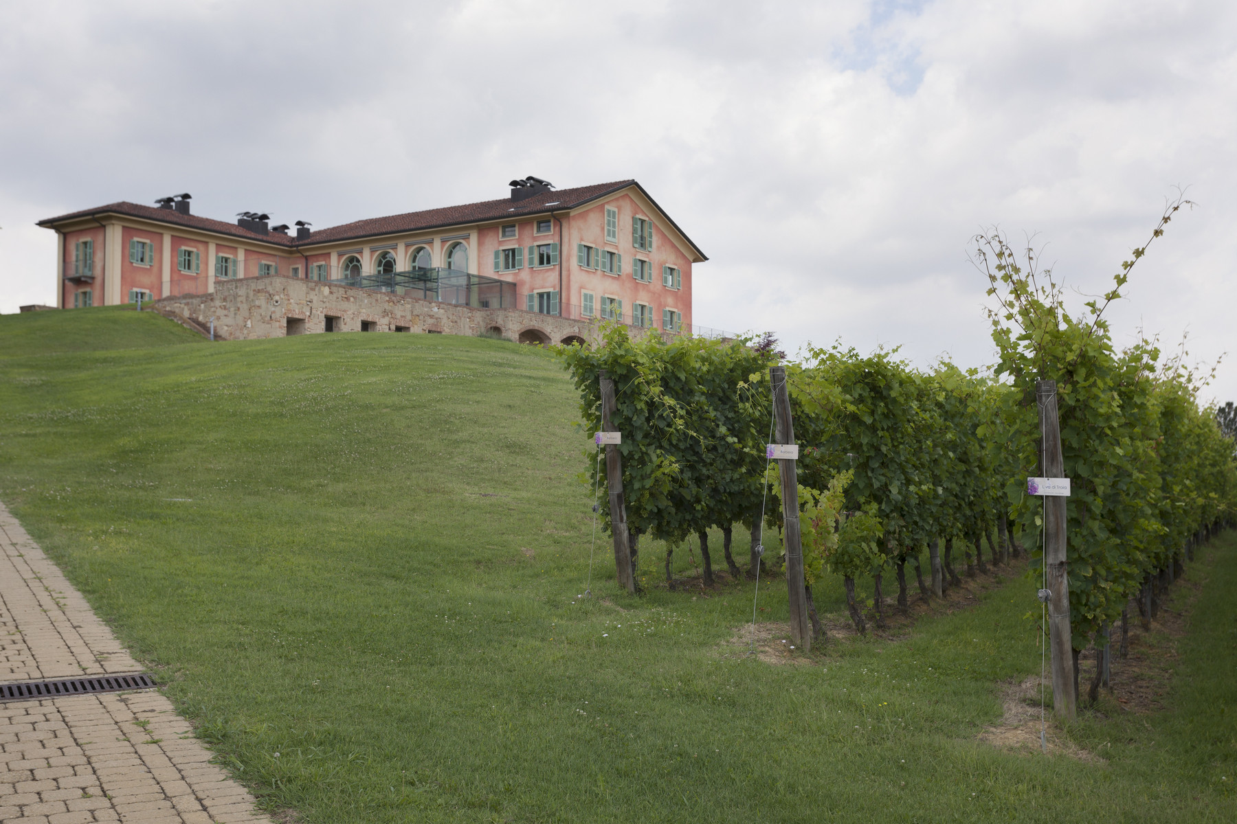 Villa in Vendita a Fubine via per cuccaro