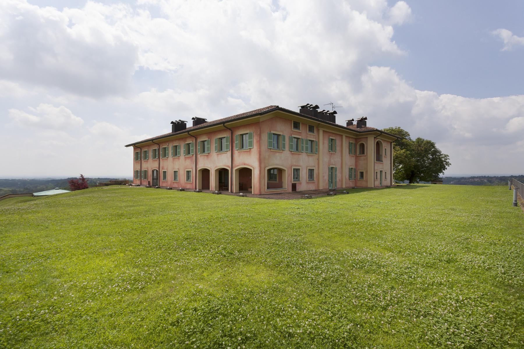 Villa in Vendita a Fubine: 5 locali, 2600 mq - Foto 2